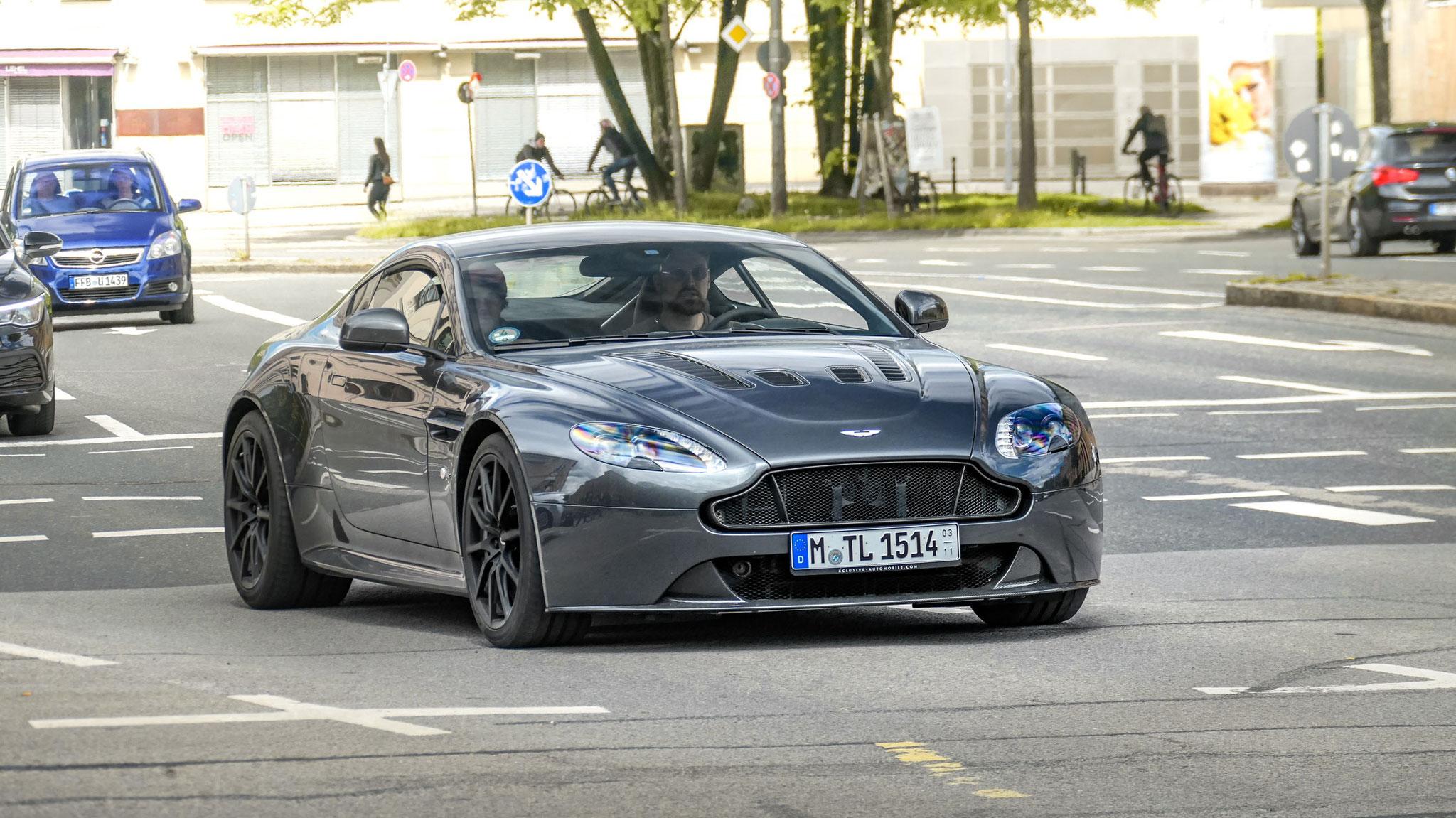 Aston Martin Vantage V12 -M-TL-1514