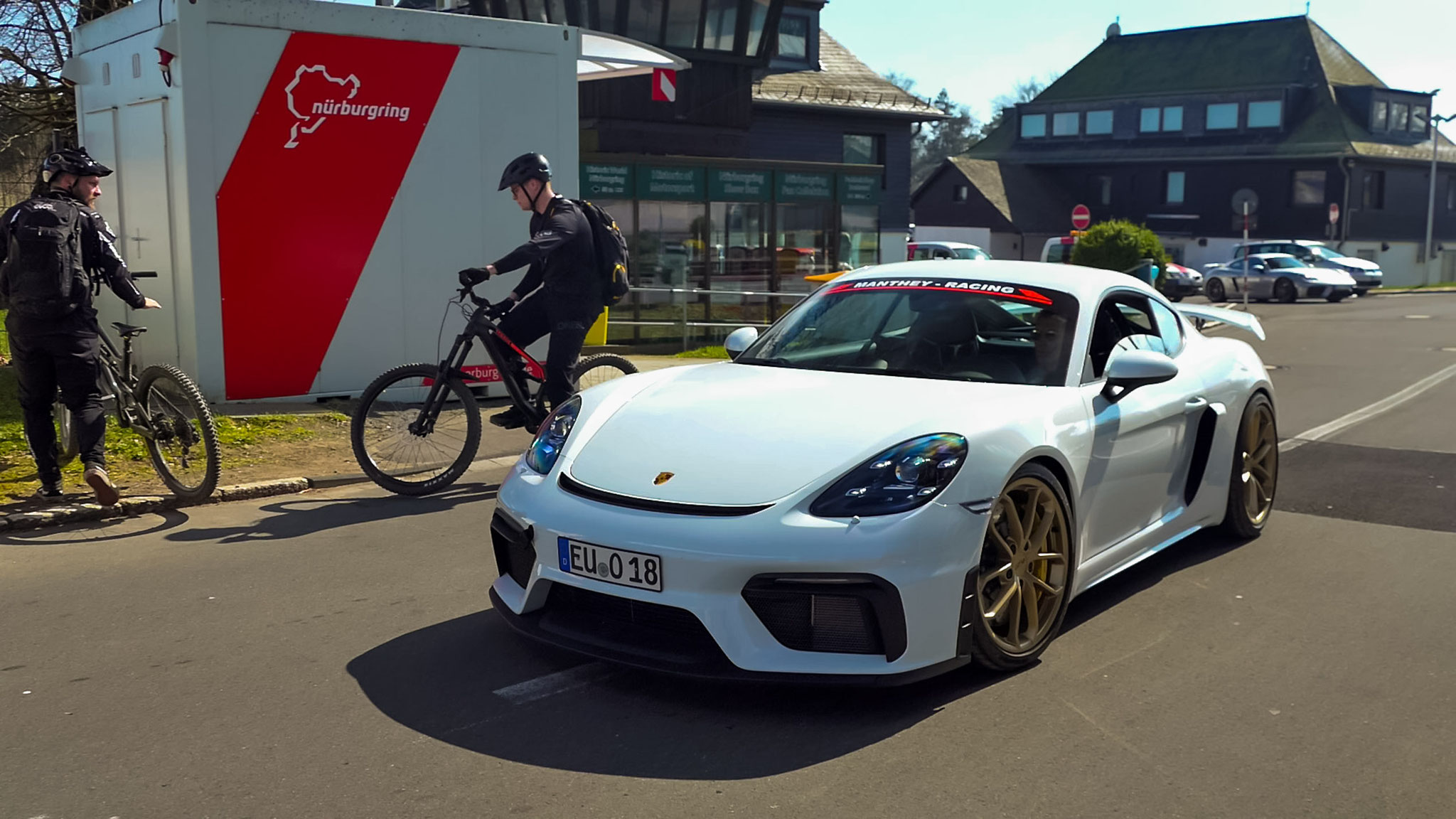 Porsche Cayman GT4 - EU-O-18