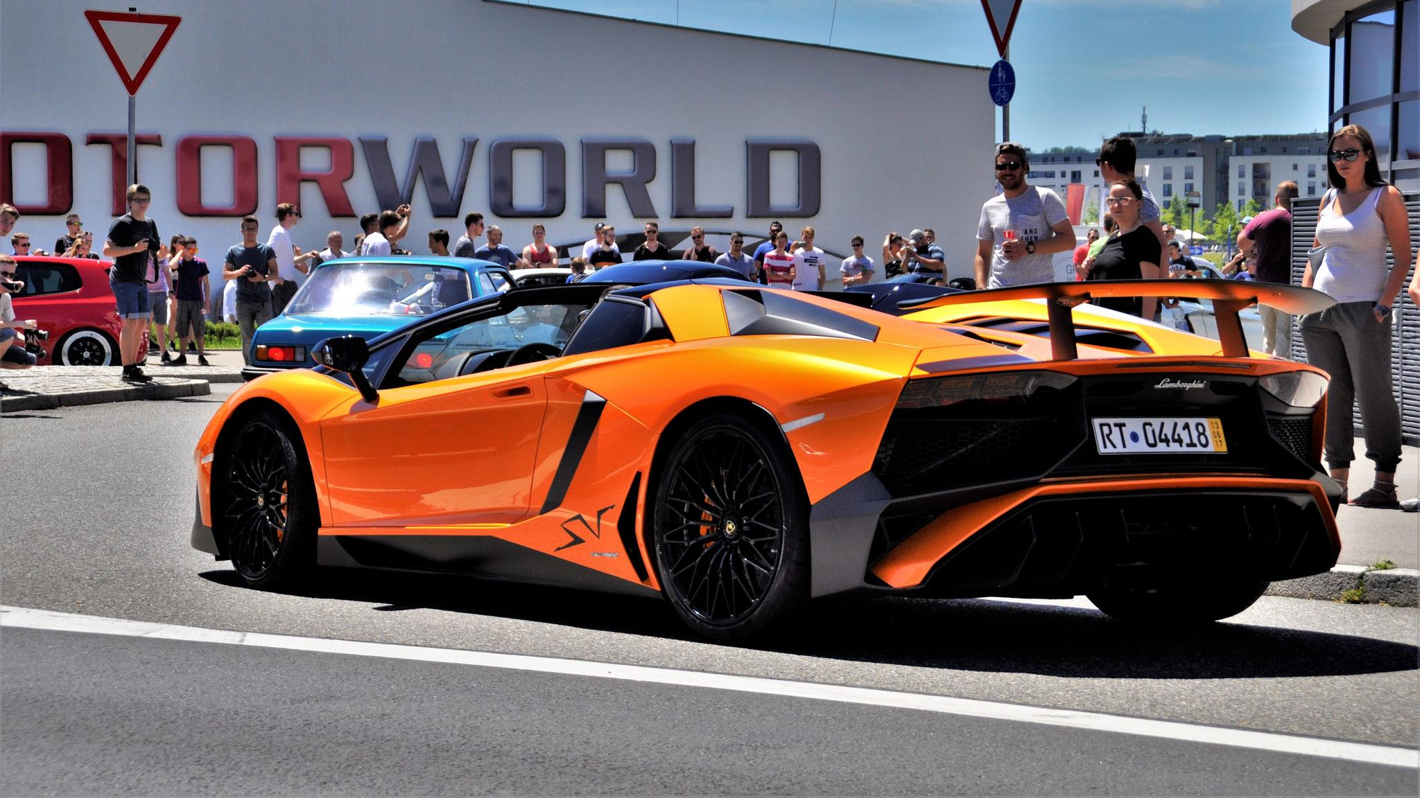 Lamborghini Aventador LP-750-4 SV Roadster - RT-04418