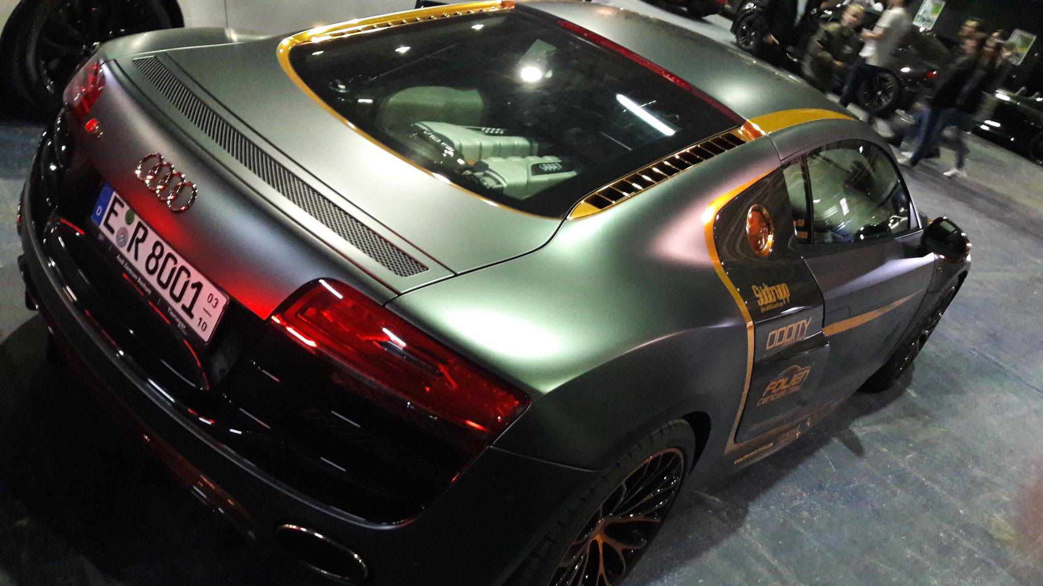 Audi R8 V10 - E-R-8001