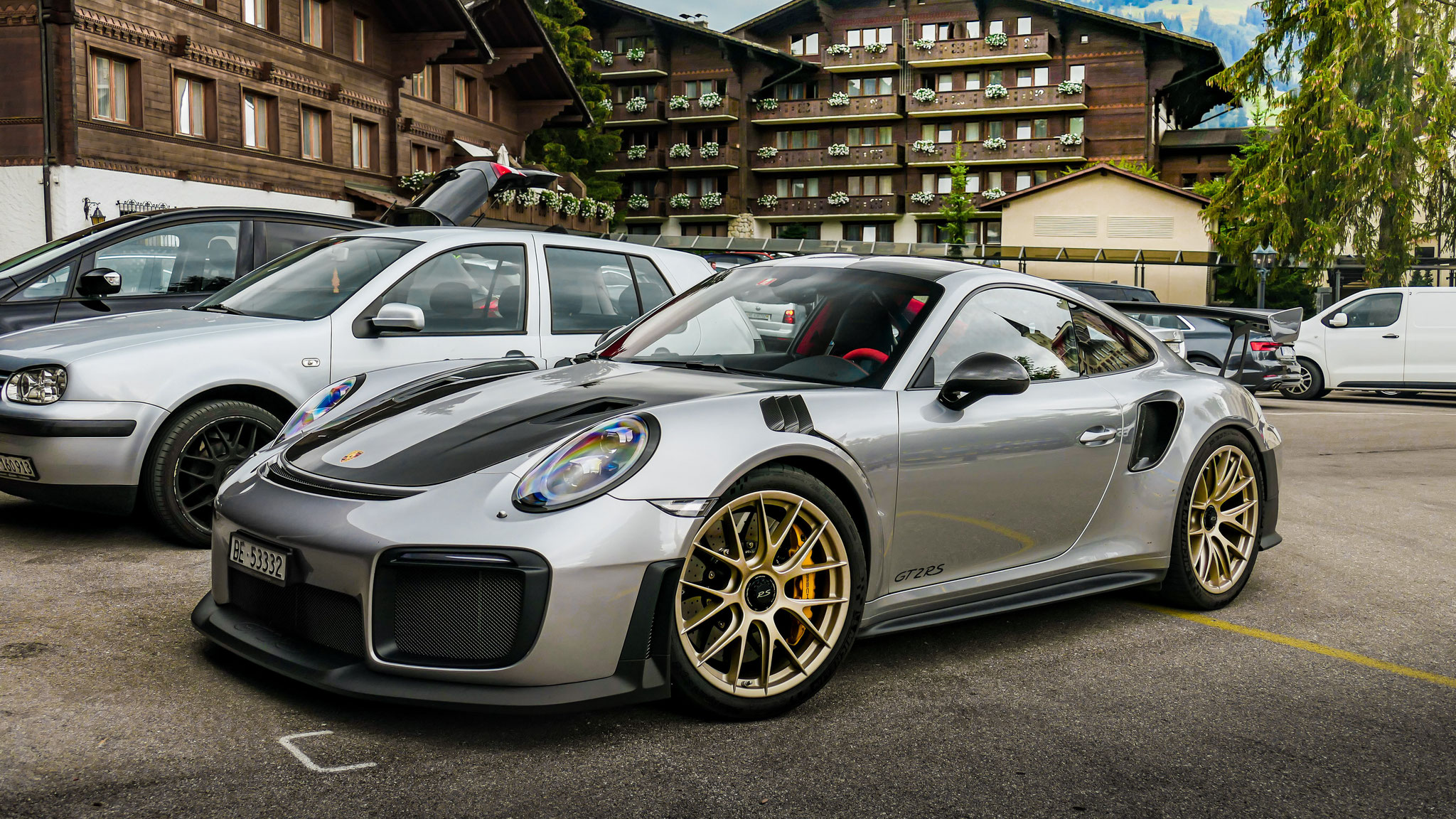 Porsche GT2 RS - BE-53332 (CH)