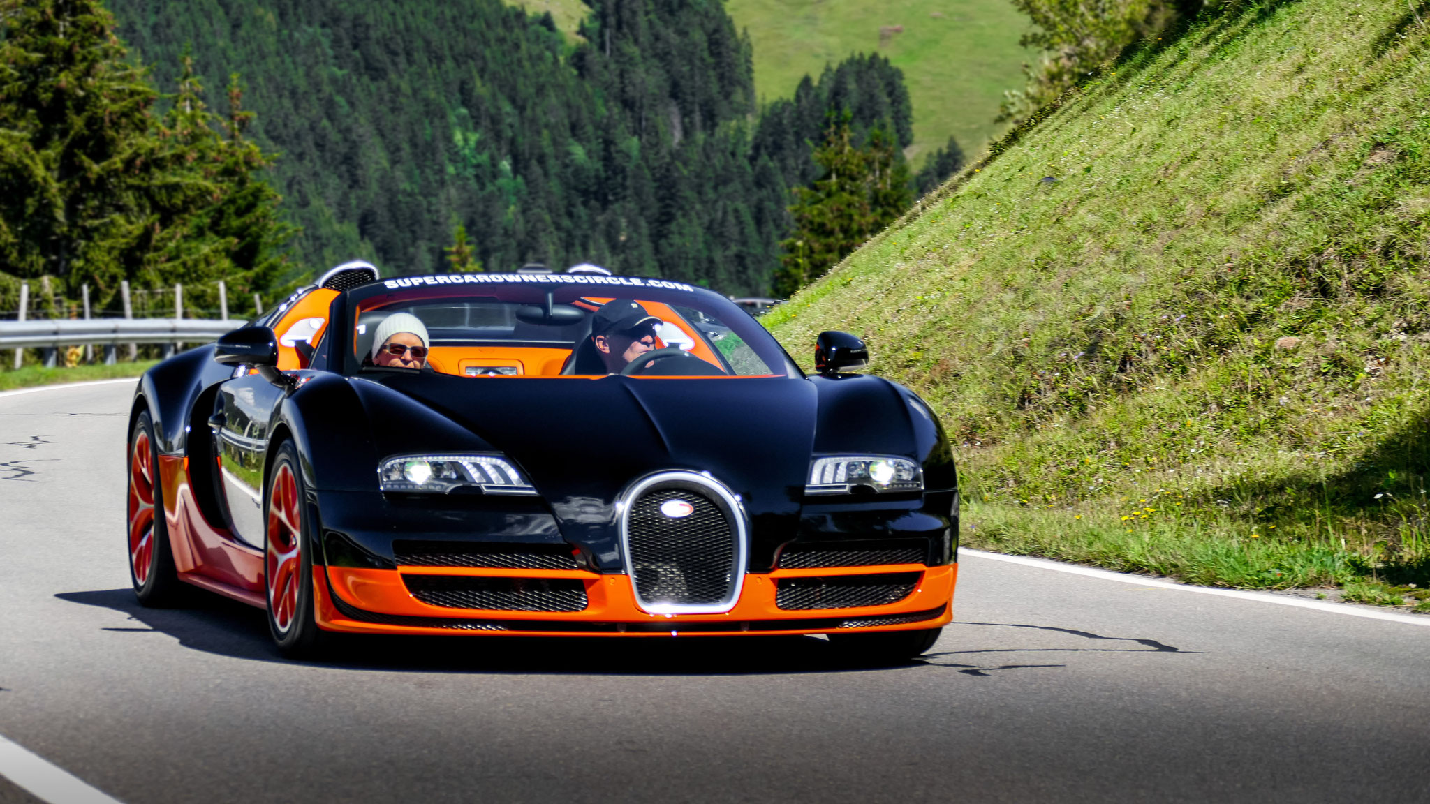 Bugatti Veyron Grand Sport Vitesse - GÖ-EB-430