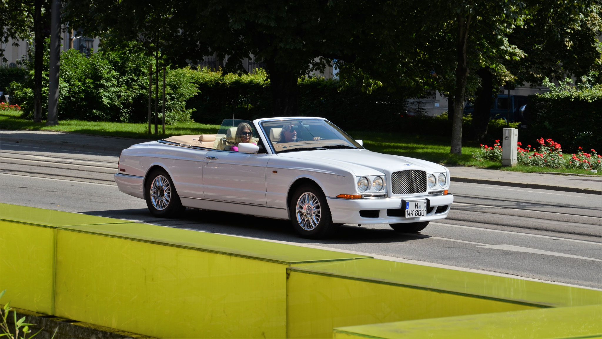 Bentley Azure - M-WK-800