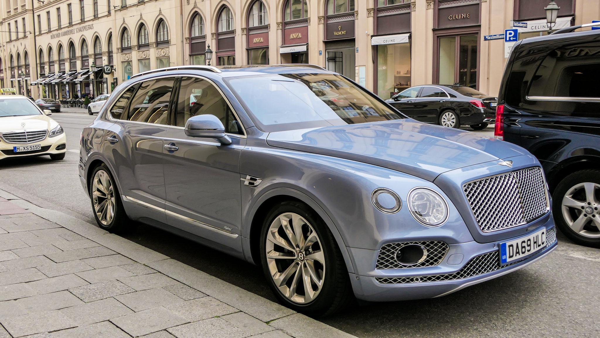 Bentley Bentayga Hybrid - DA69-HLC (GB)