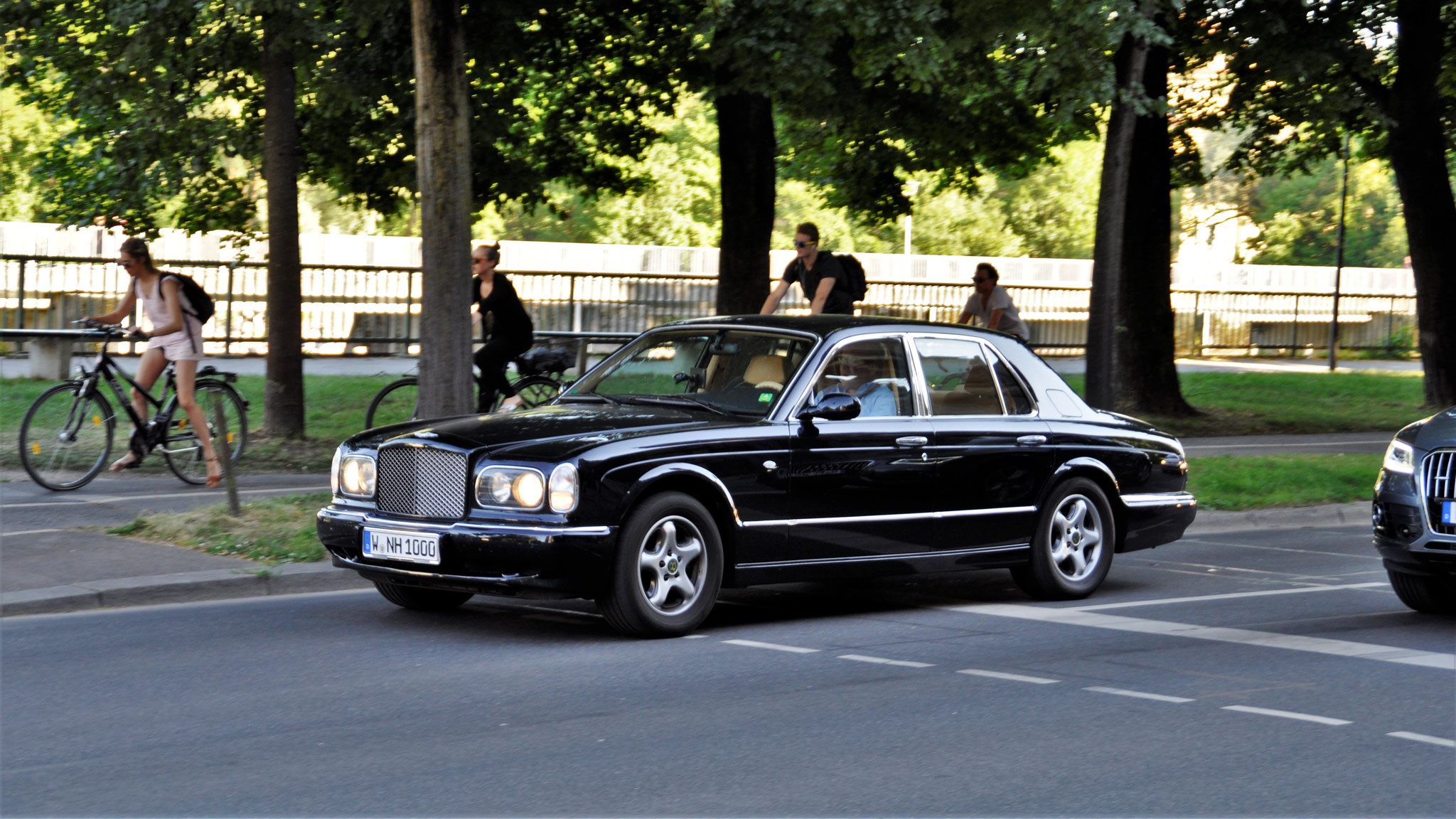 Bentley Arnage - W-NH-1000