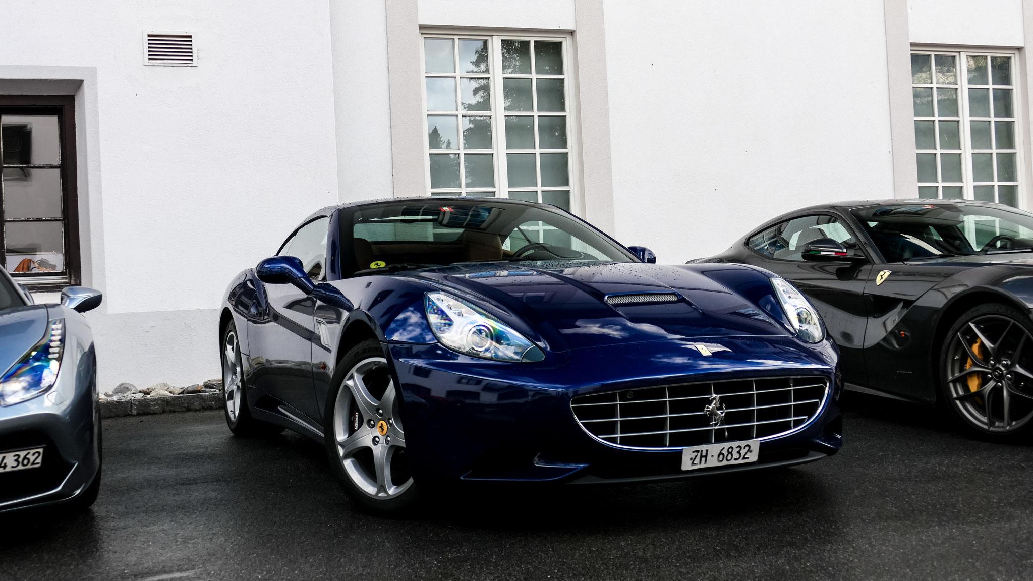 Ferrari California - ZH-6832 (CH)