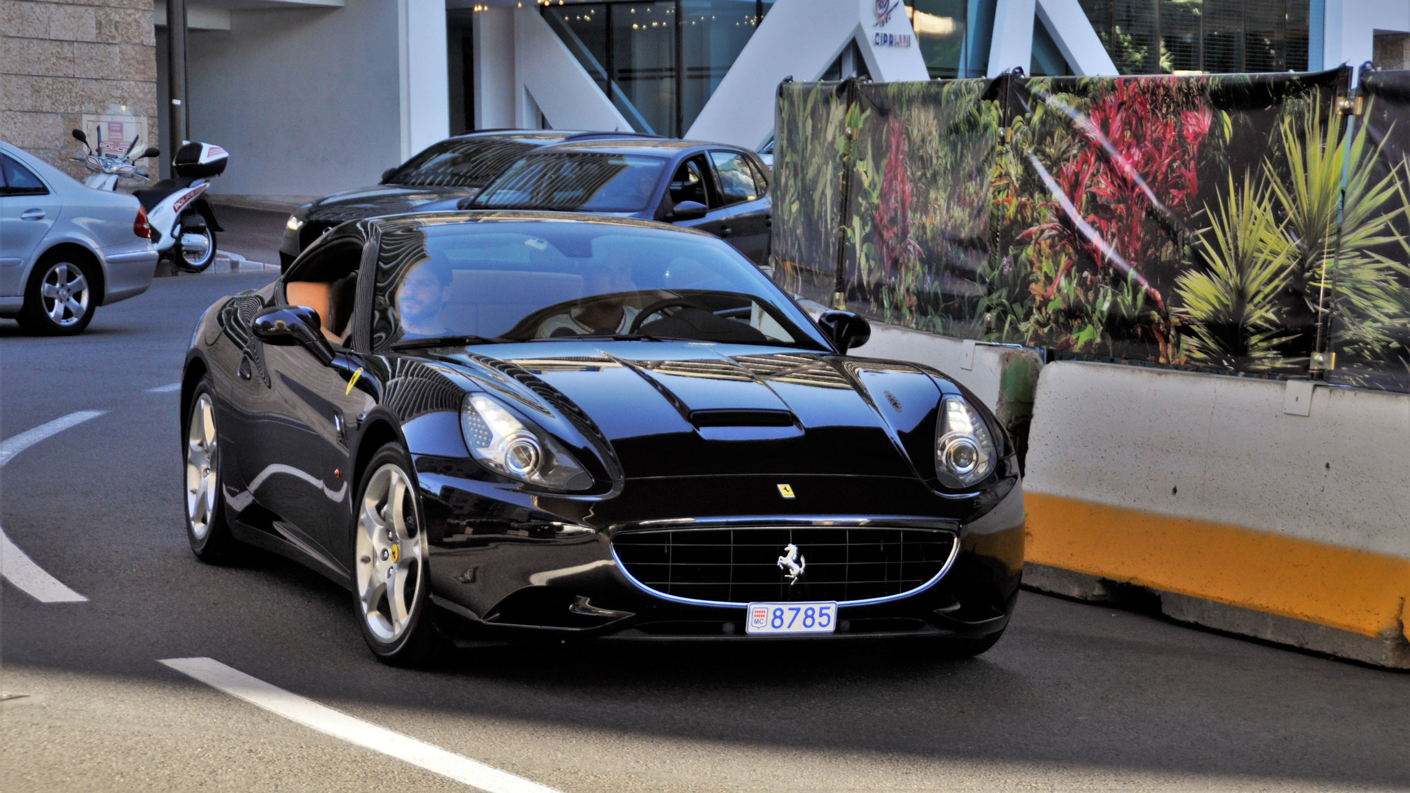 Ferrari California - 8785 (MC)