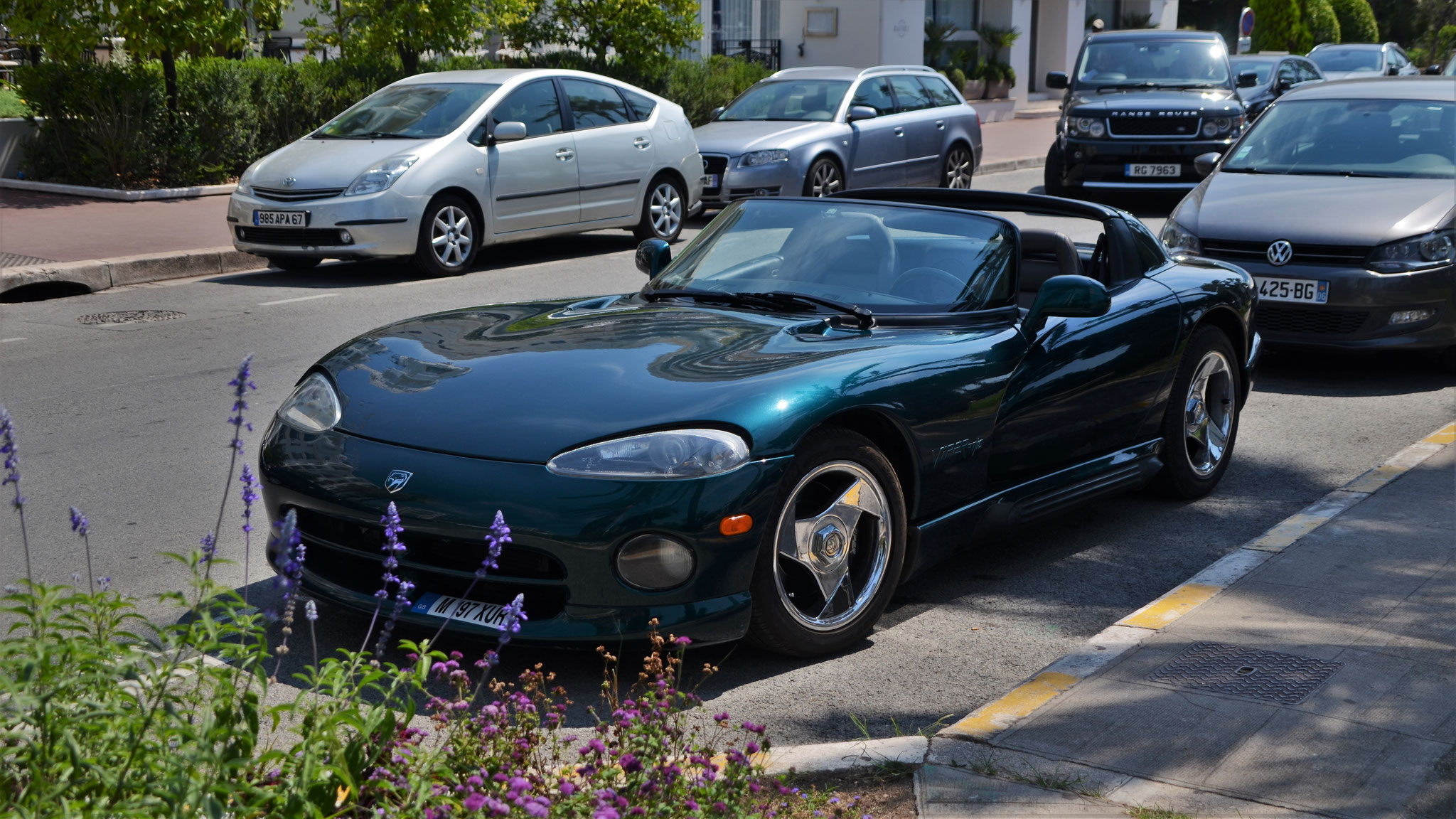 Dodge Viper - M-197-XUR (GB)