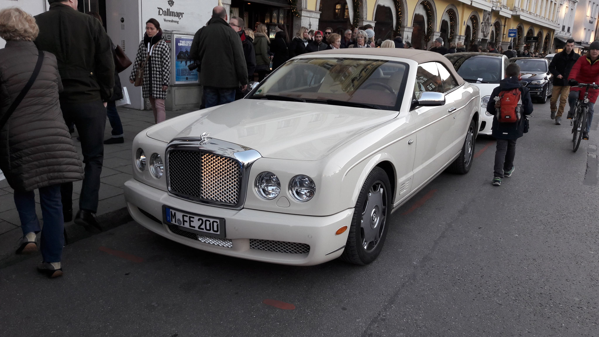 Bentley Azure - M-FE-200