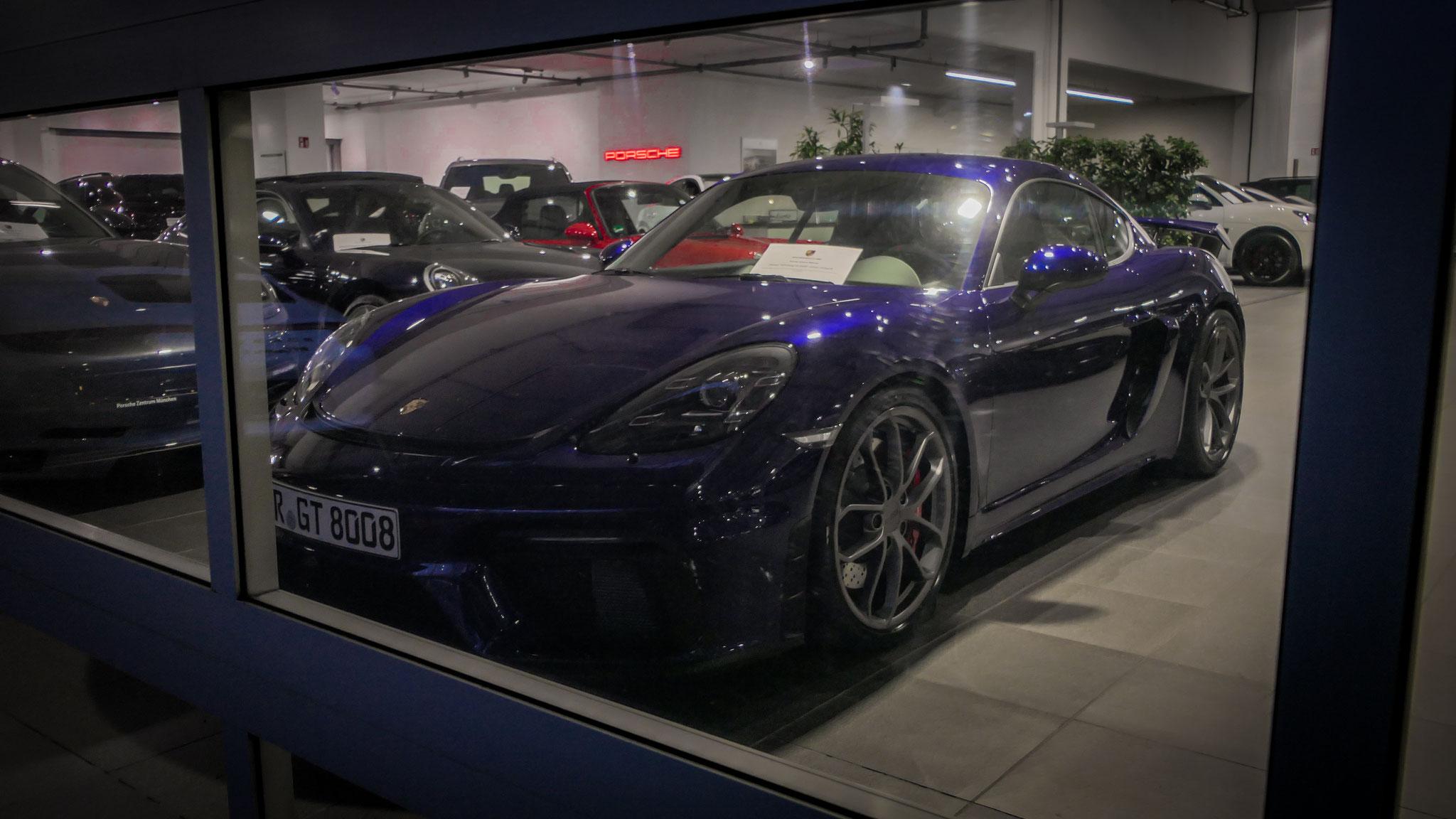 Porsche Cayman GT4 - R-GT-8008