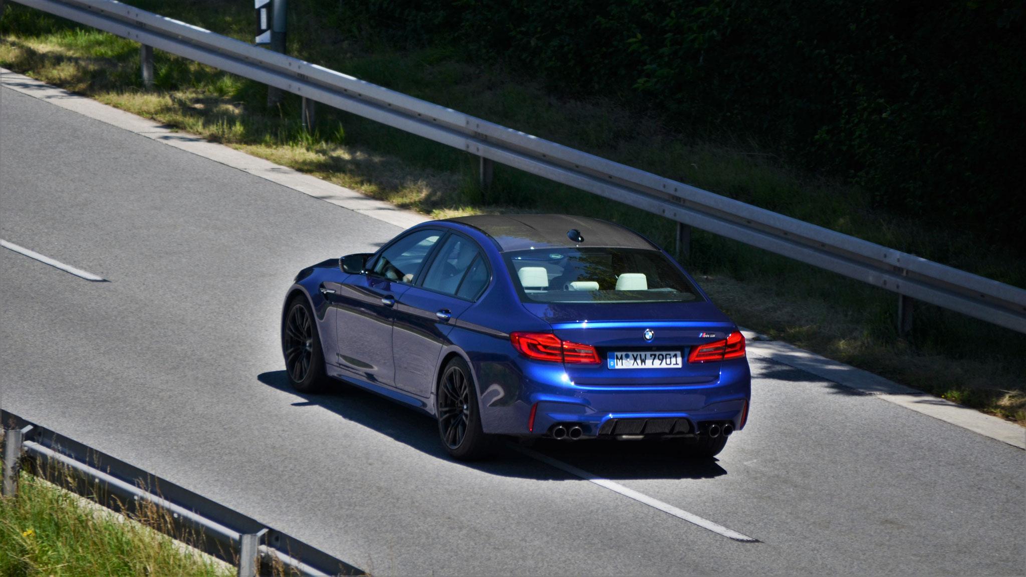 BMW M5 - XW-7901