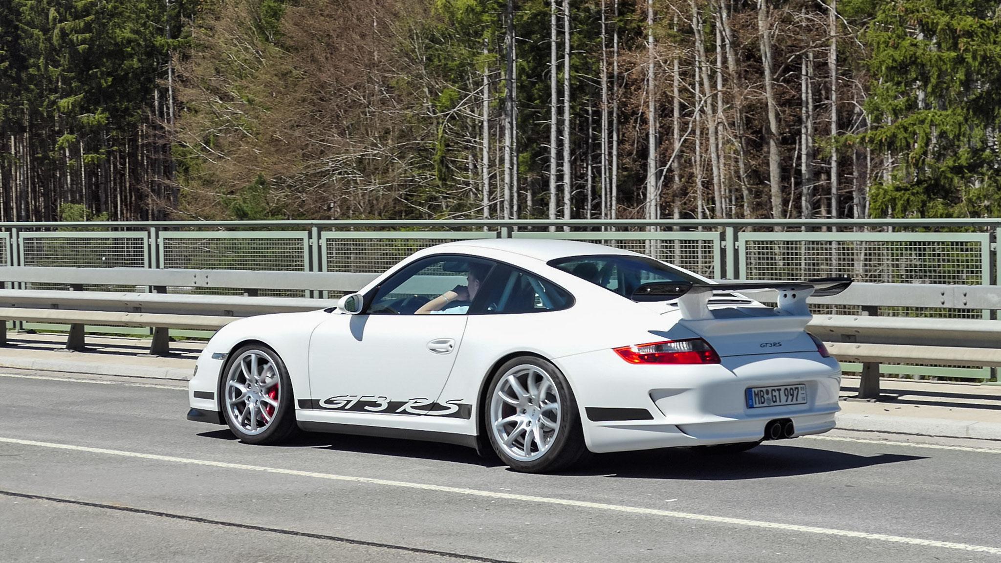 Porsche 911 GT3 RS - MB-GT-997