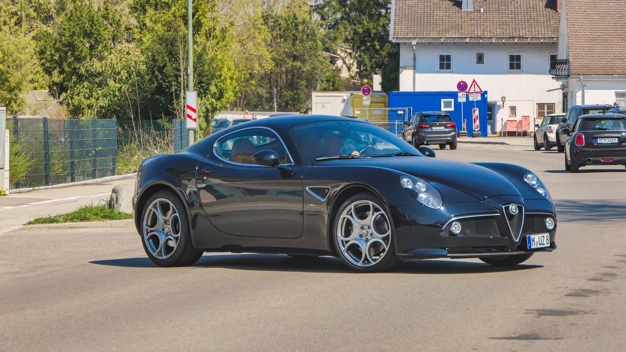 Alfa Romeo 8C -M-UZ-8