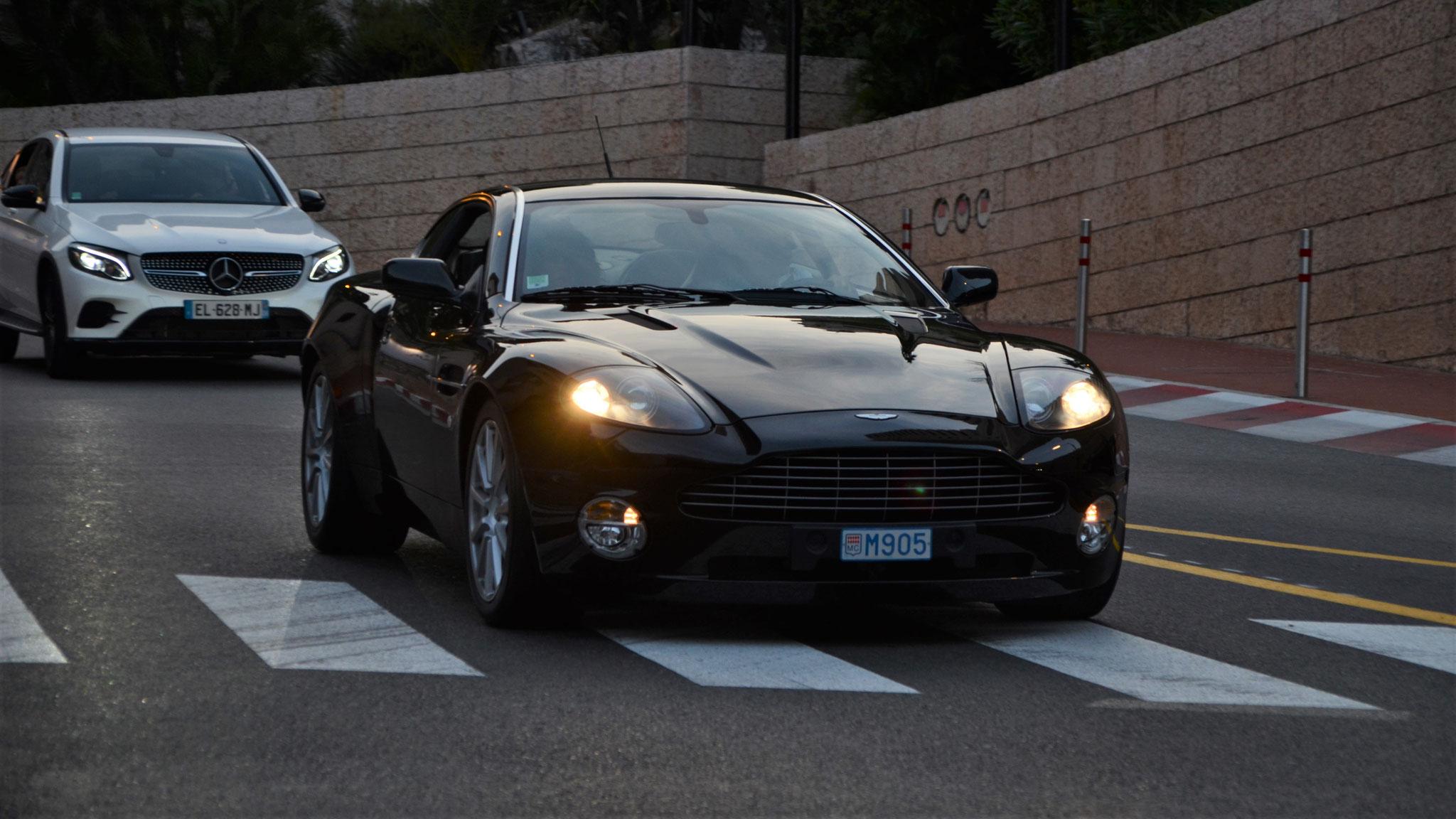 Aston Martin V12 Vanquish - M905 (MC)