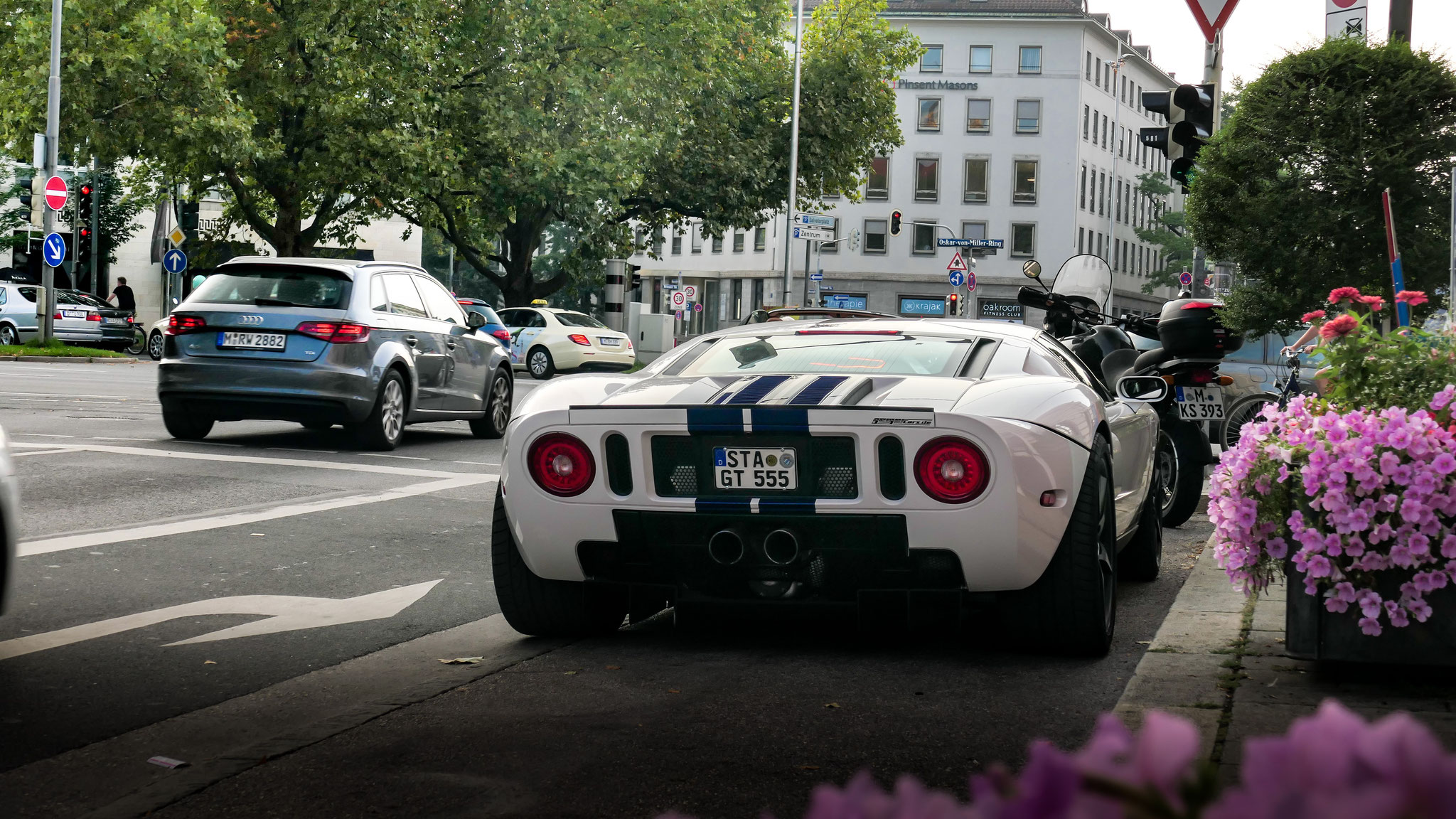 Ford GT - STA-GT-555
