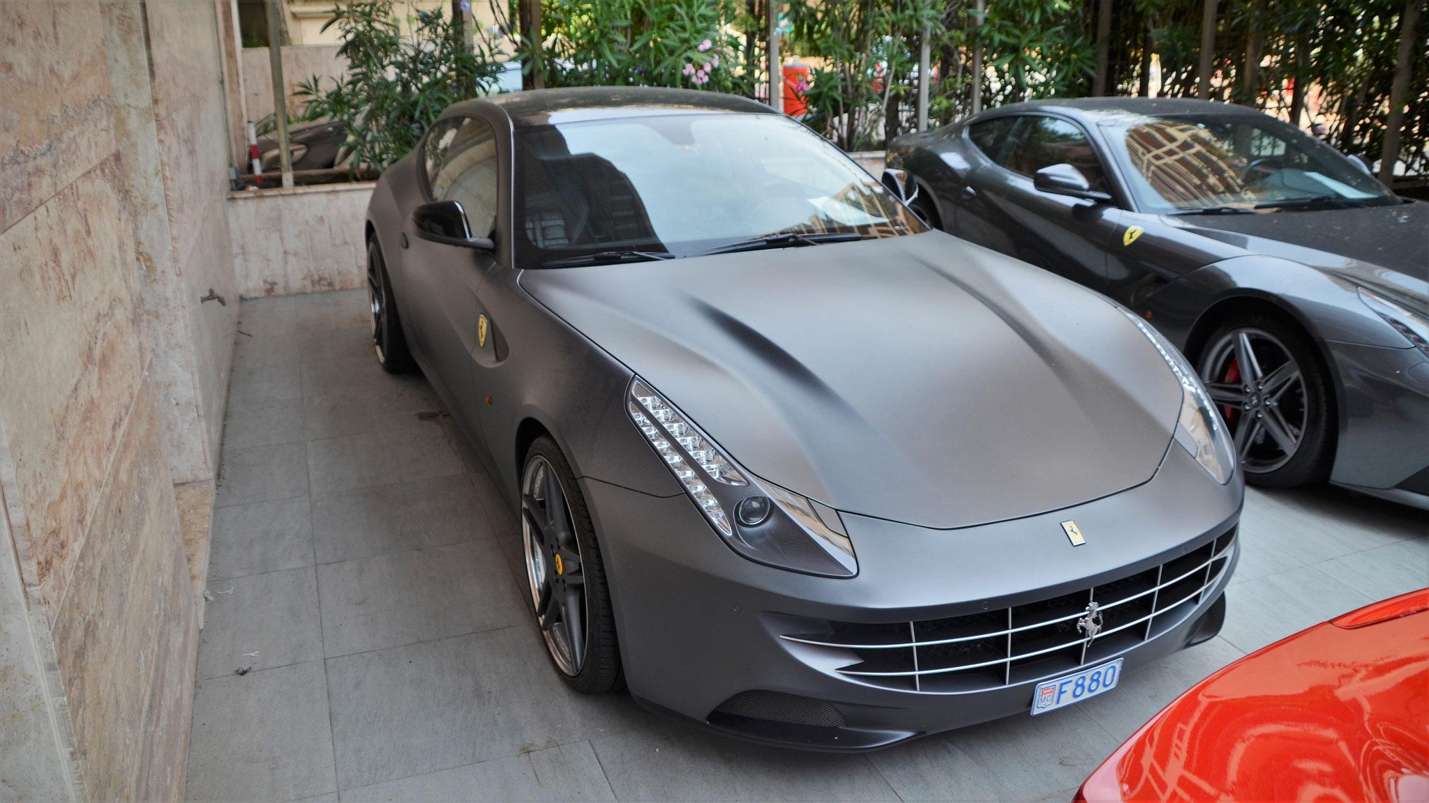 Ferrari FF - F880 (MC)