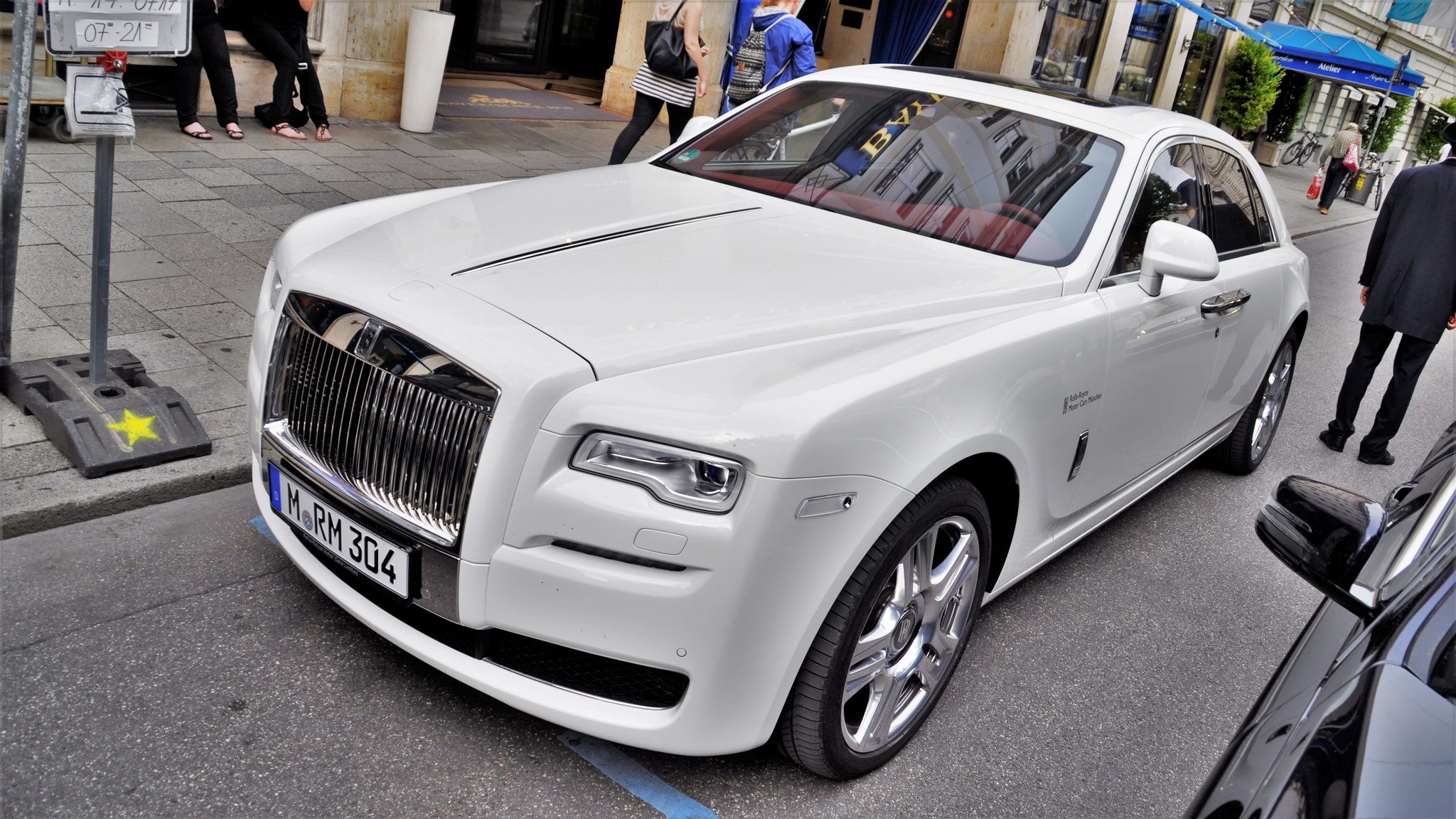 Rolls Royce Ghost Series II - M-RM-304