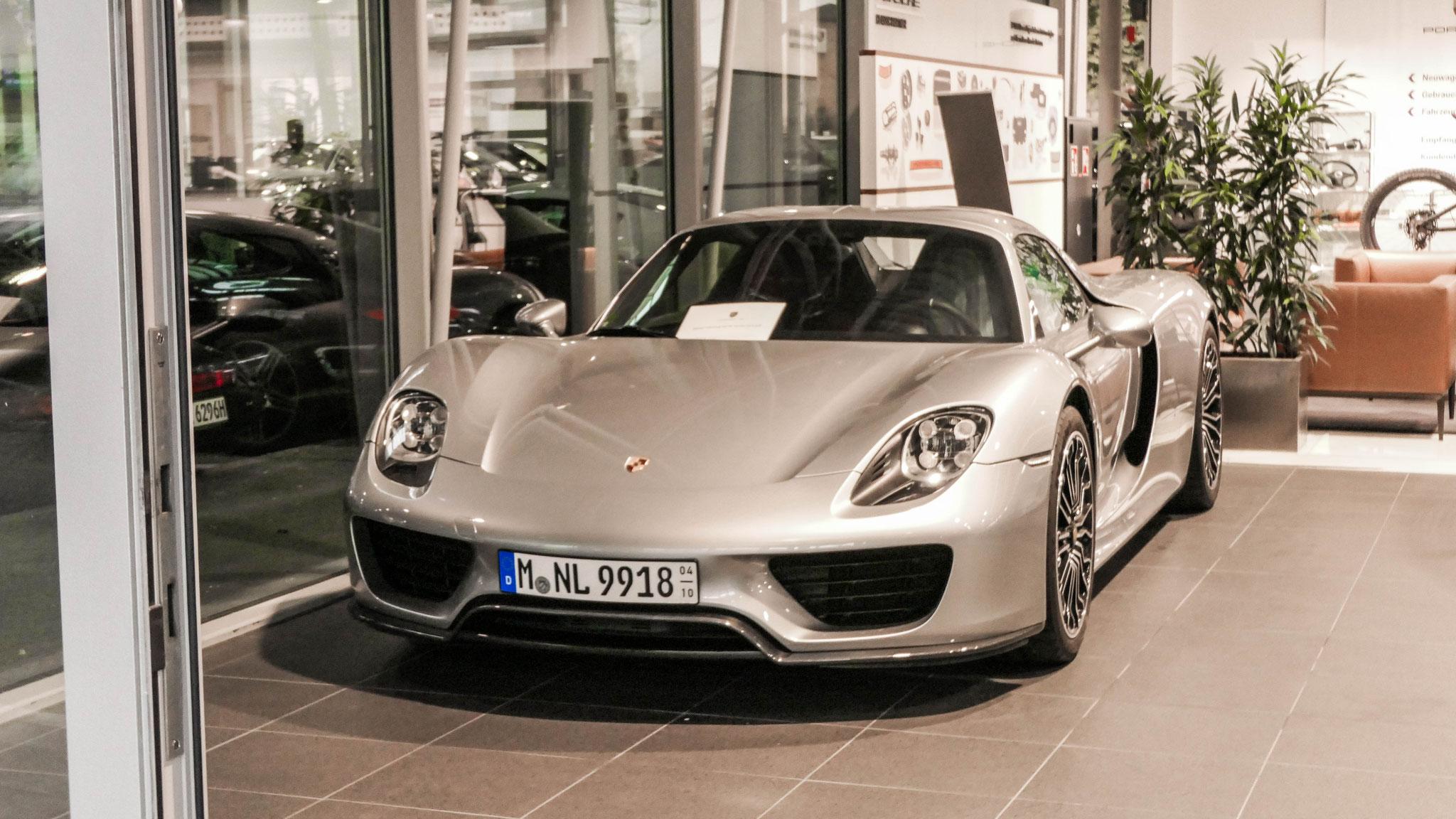 Porsche 918 Spyder - M-NL-9918