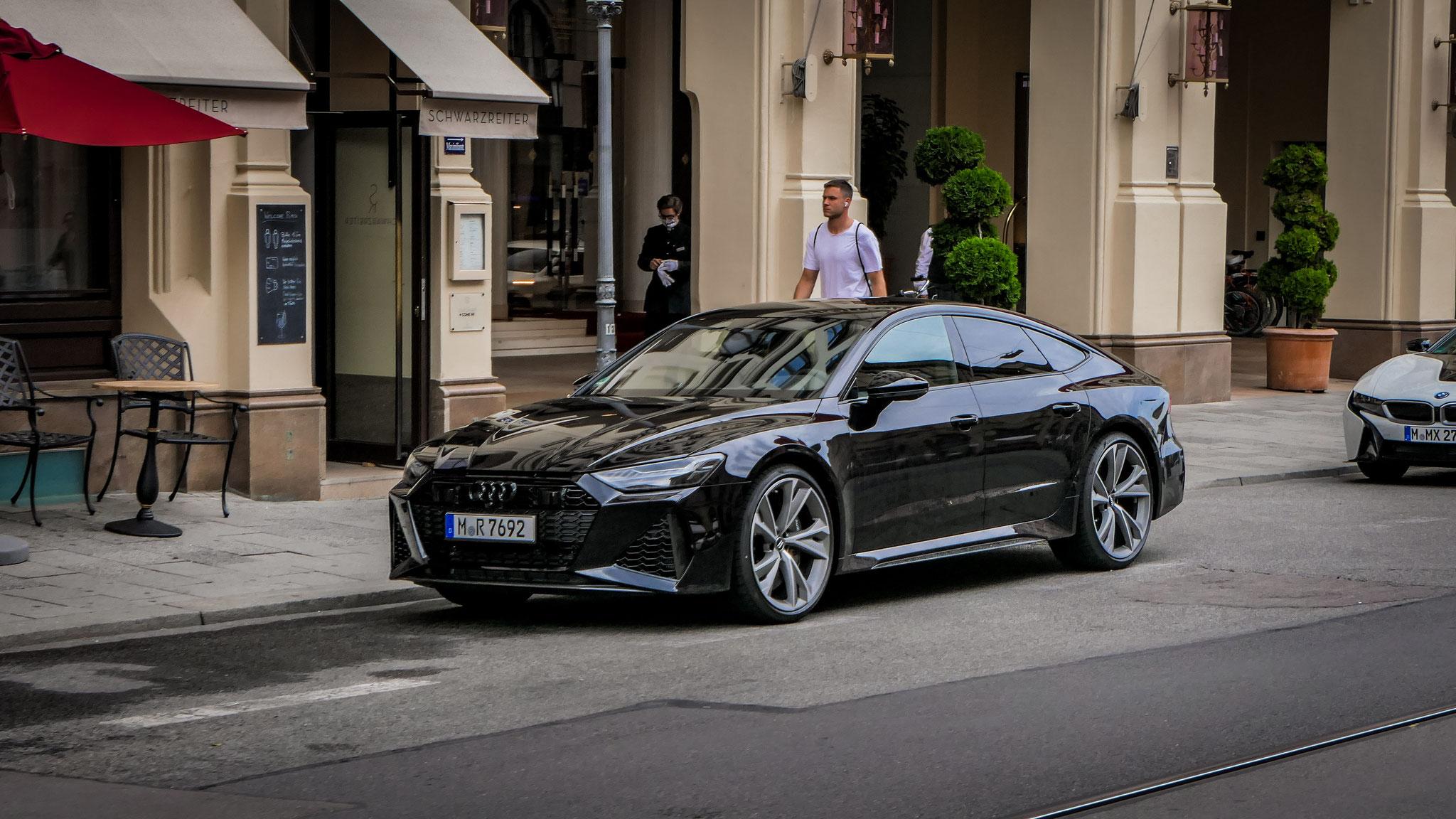 Audi RS7 - M-R-7692