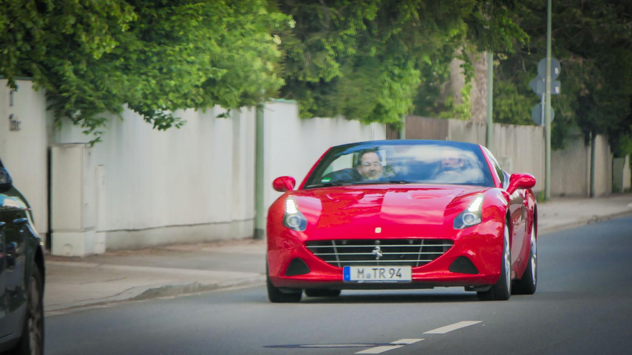 Ferrari California T - M-TR-94