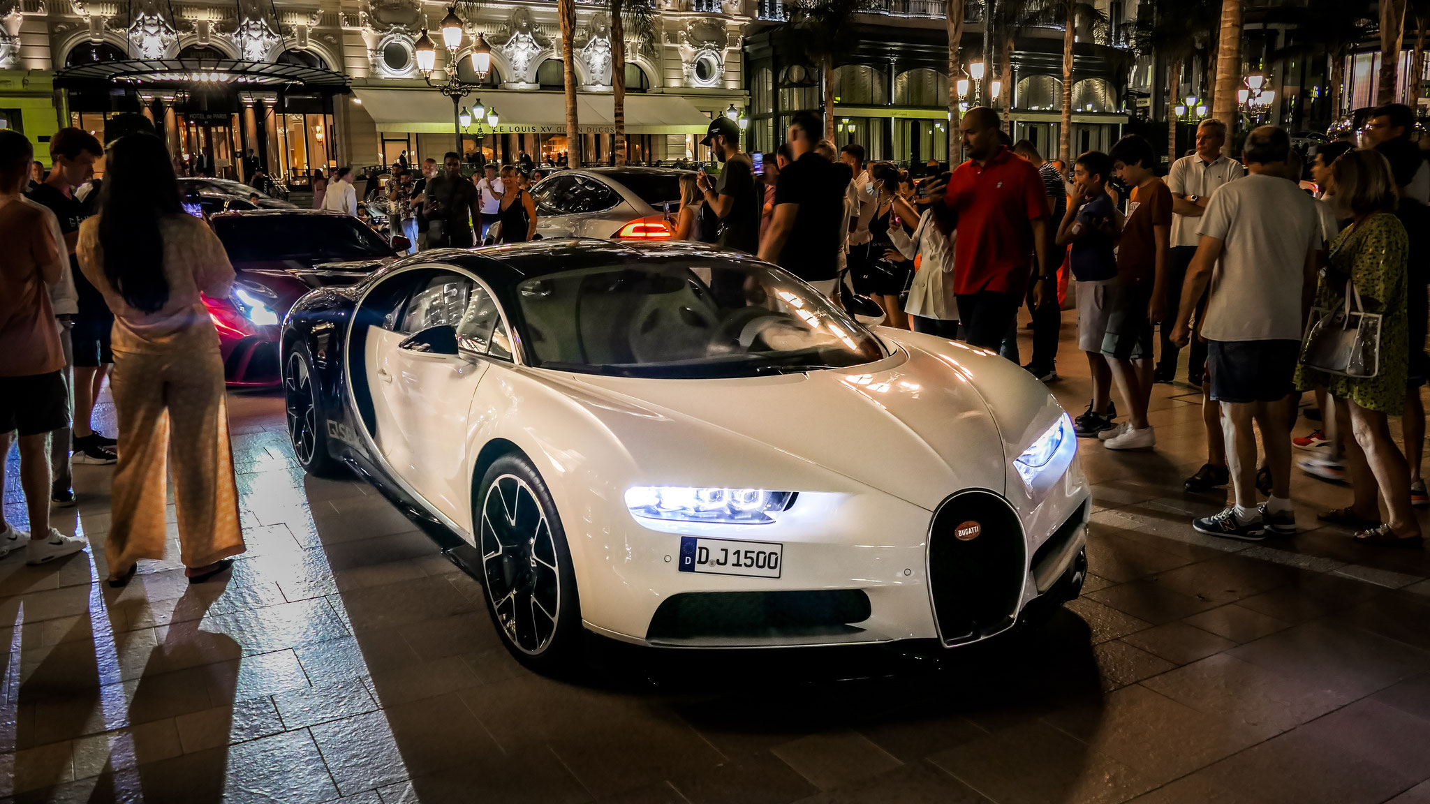 Bugatti Chiron - D-J-1500