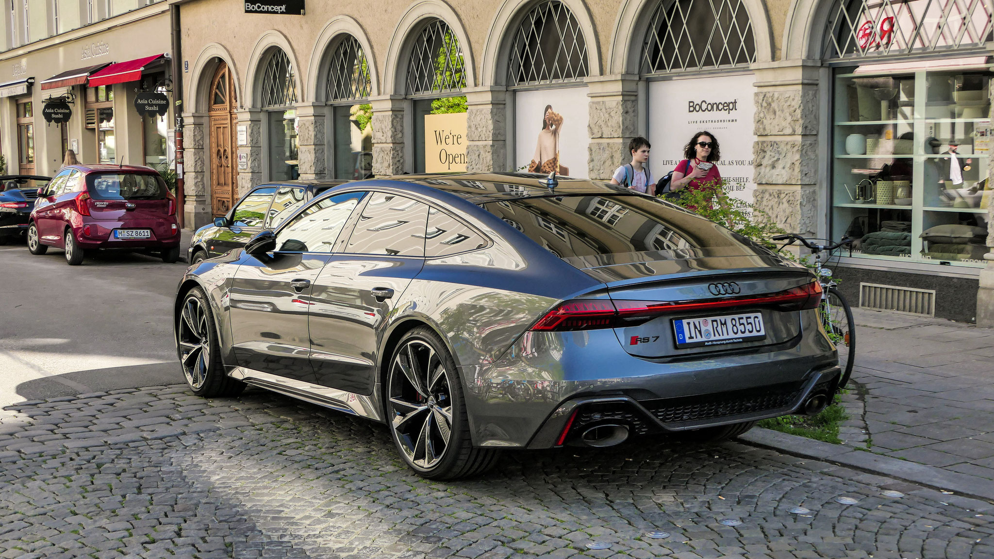 Audi RS7 - IN-RM-8550