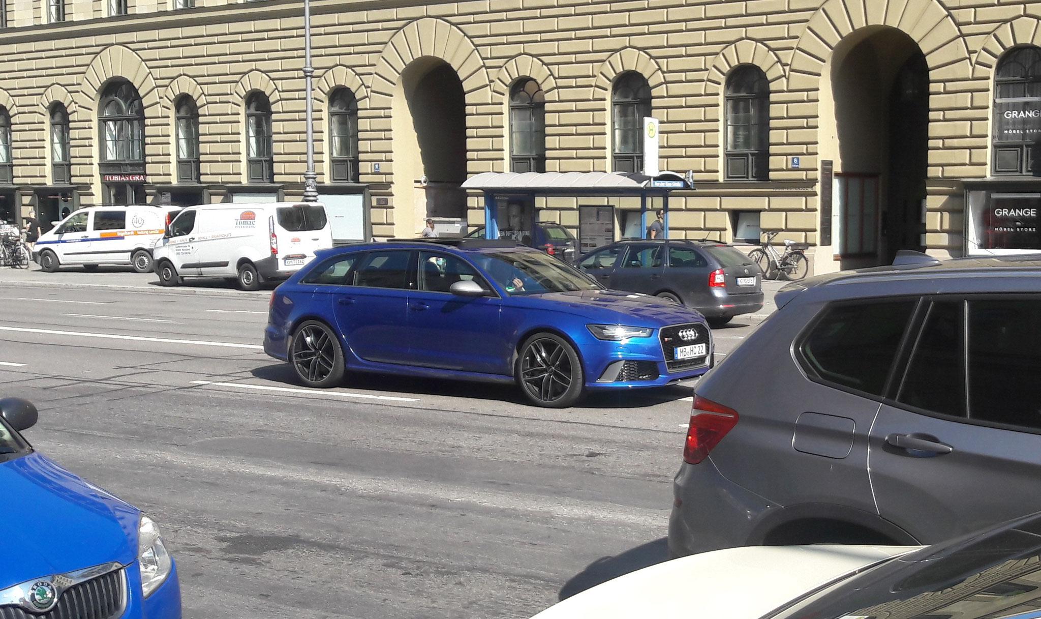 Audi RS6 - MB-HC-22