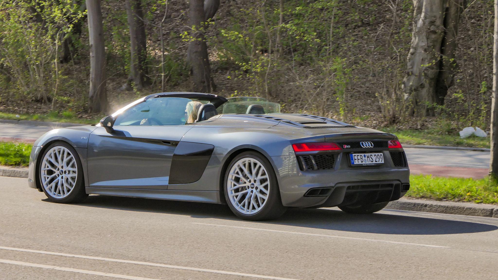 Audi R8 V10 Spyder - FFB-MS-299