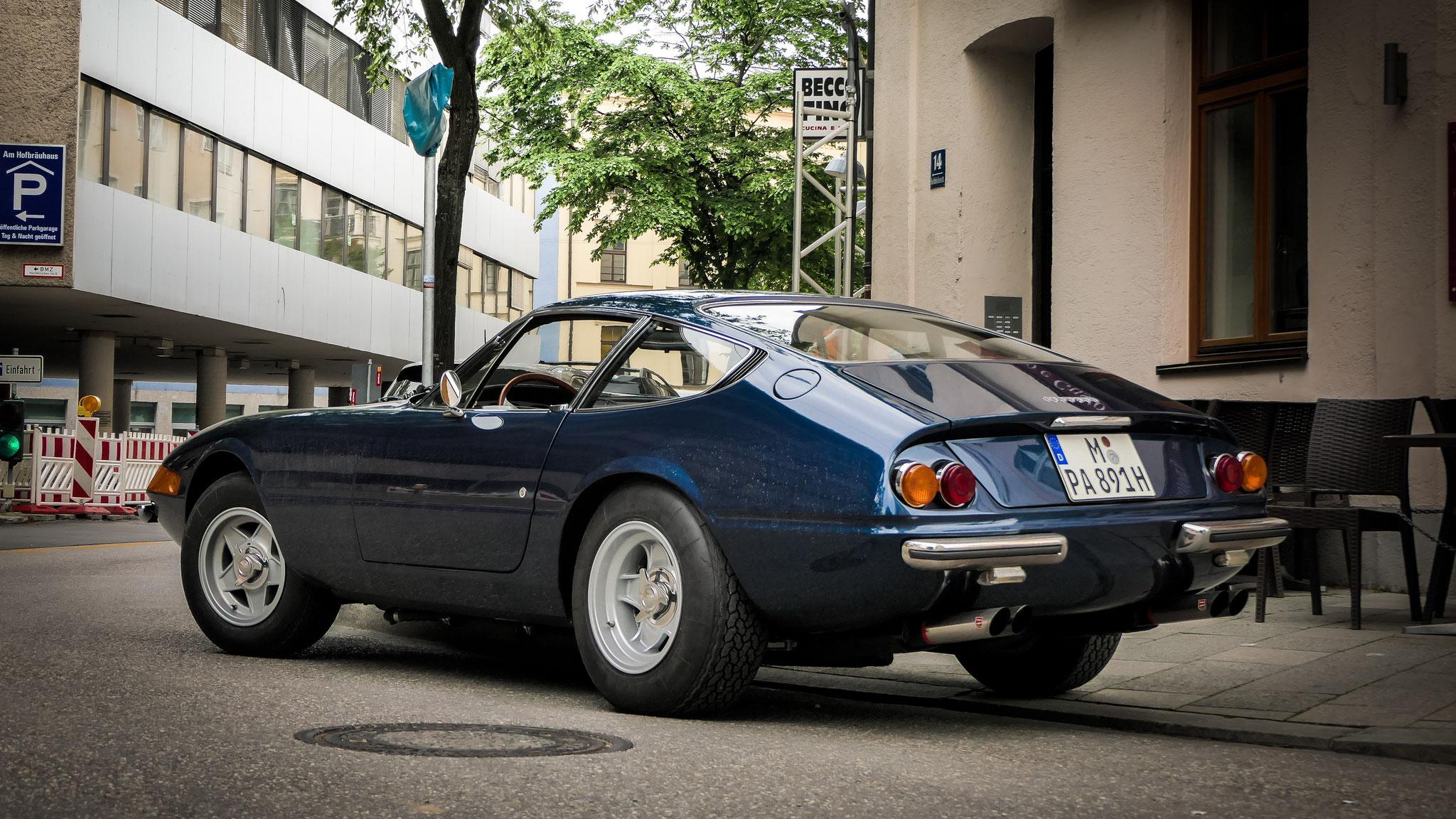 Ferrari 365 Daytona - M-PA-891H