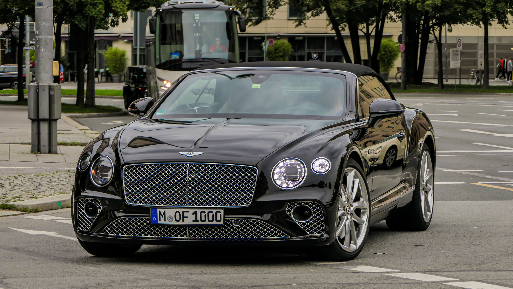 Bentley Continental GTC - M-OF-1000