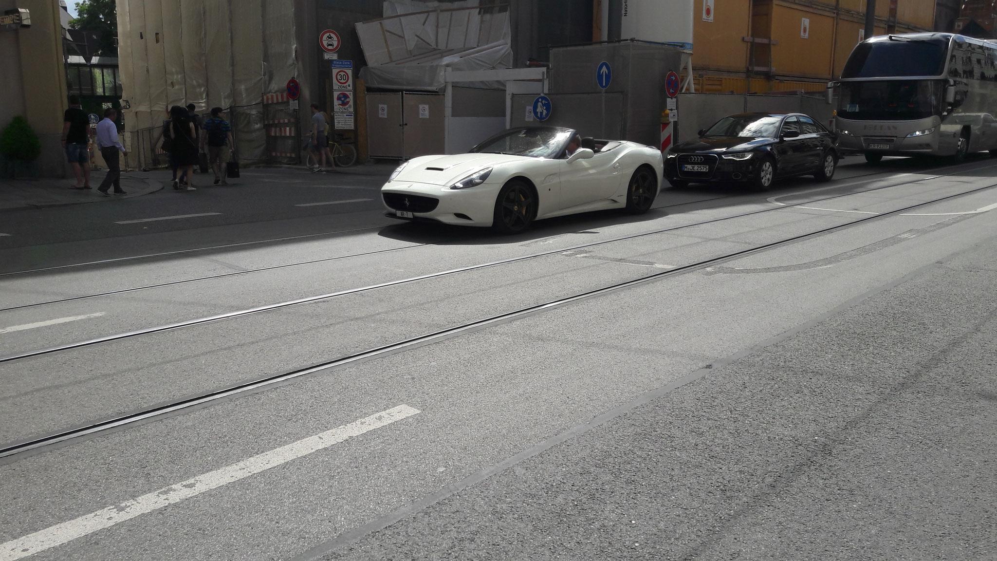 Ferrari California - AR-7 (CH)