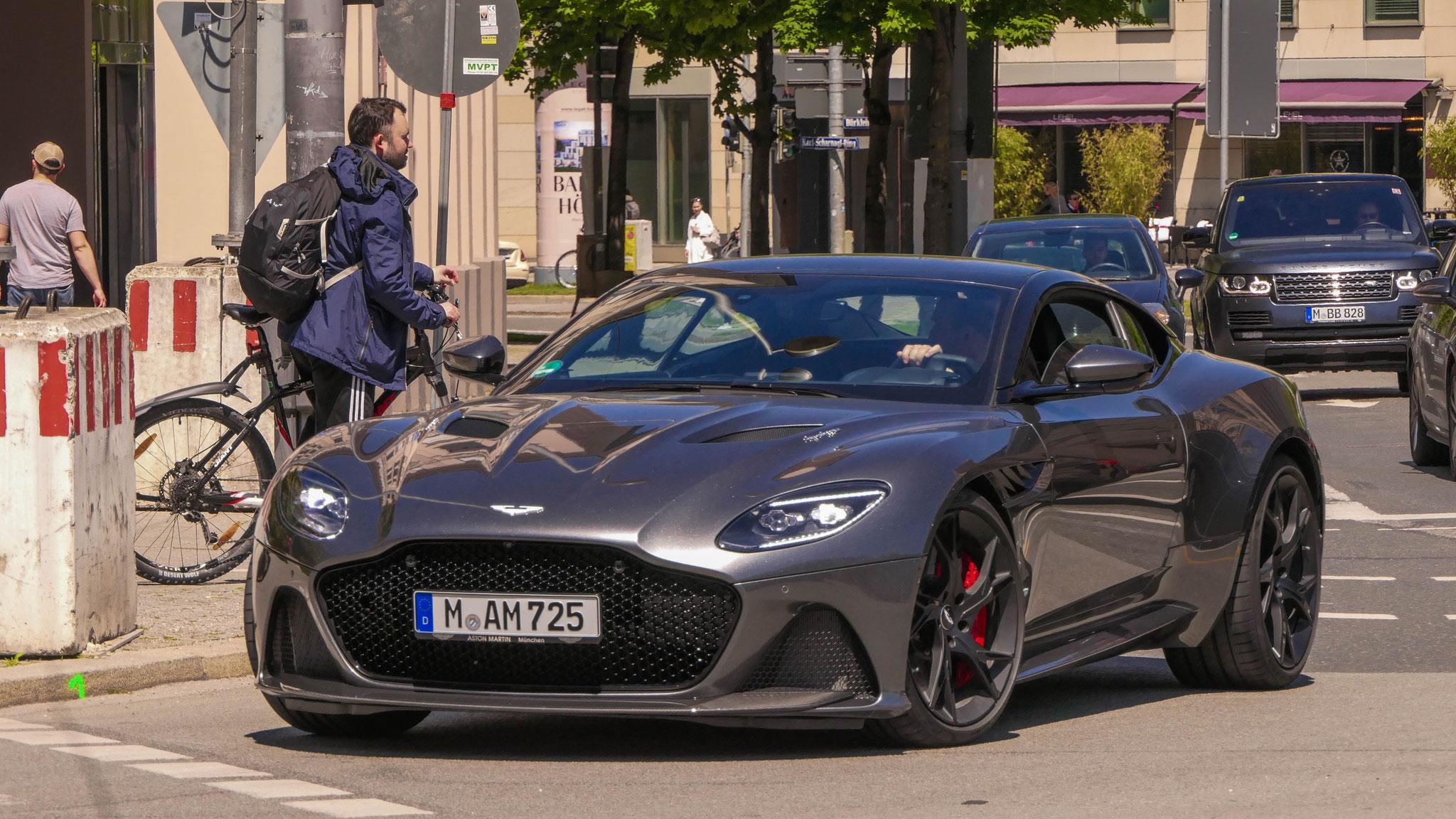 Aston Martin DBS Superleggera - M-AM-725