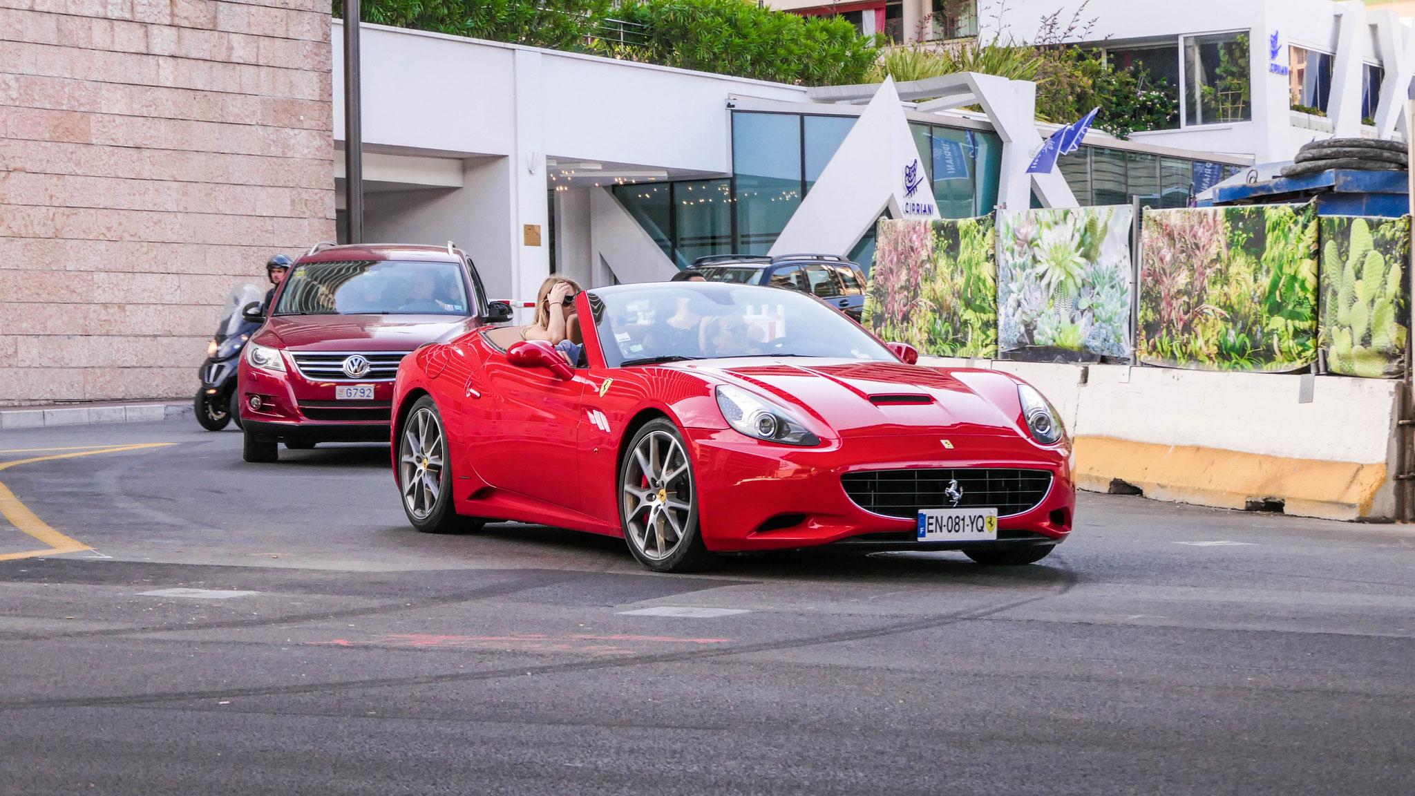 Ferrari California - EN-081-YQ (FRA)