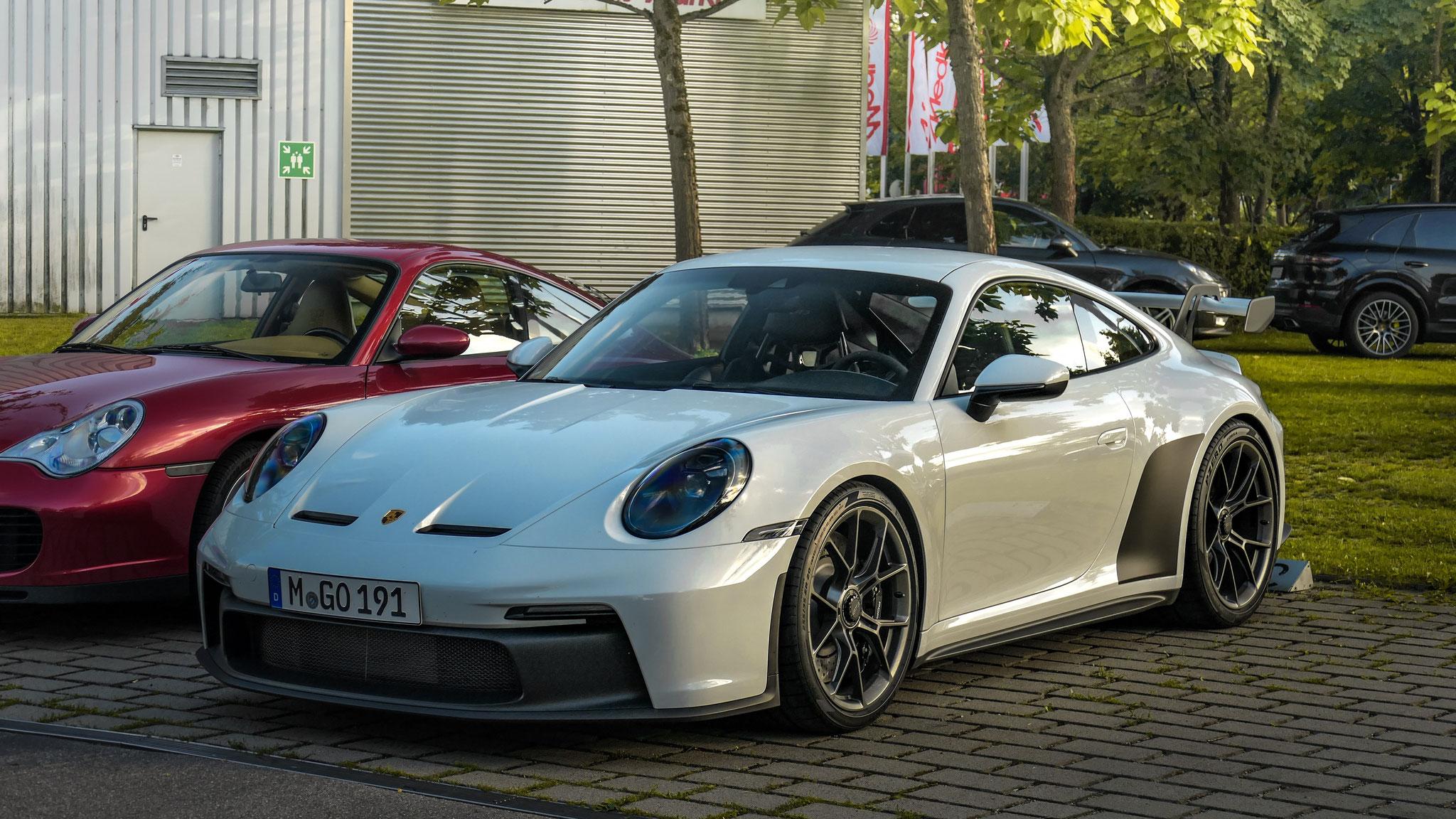 Porsche 992 GT3 - M-GO-191