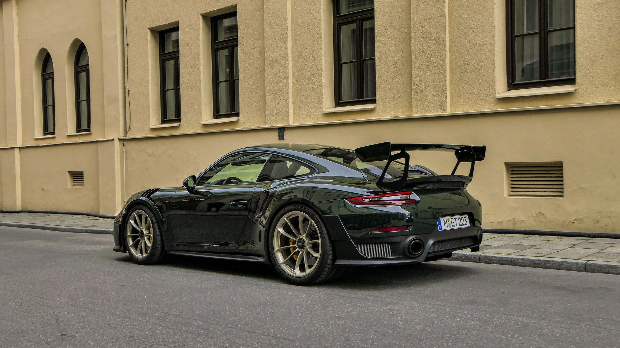 Porsche GT2 RS - M-GT-223