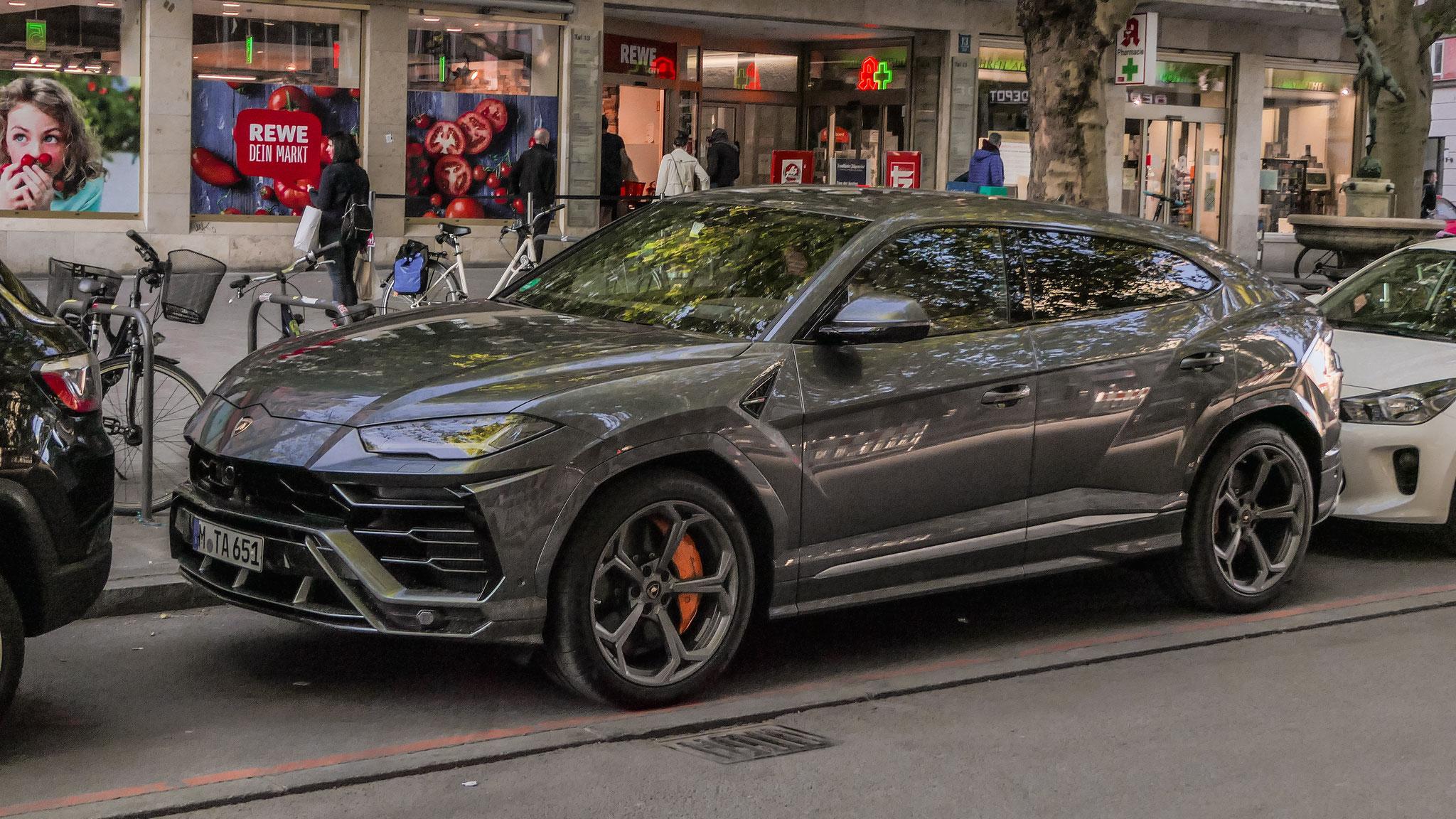 Lamborghini Urus - M-TA-651