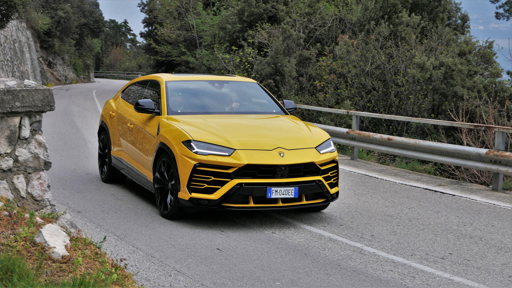 Lamborghini Urus - FM-040-EE (ITA)