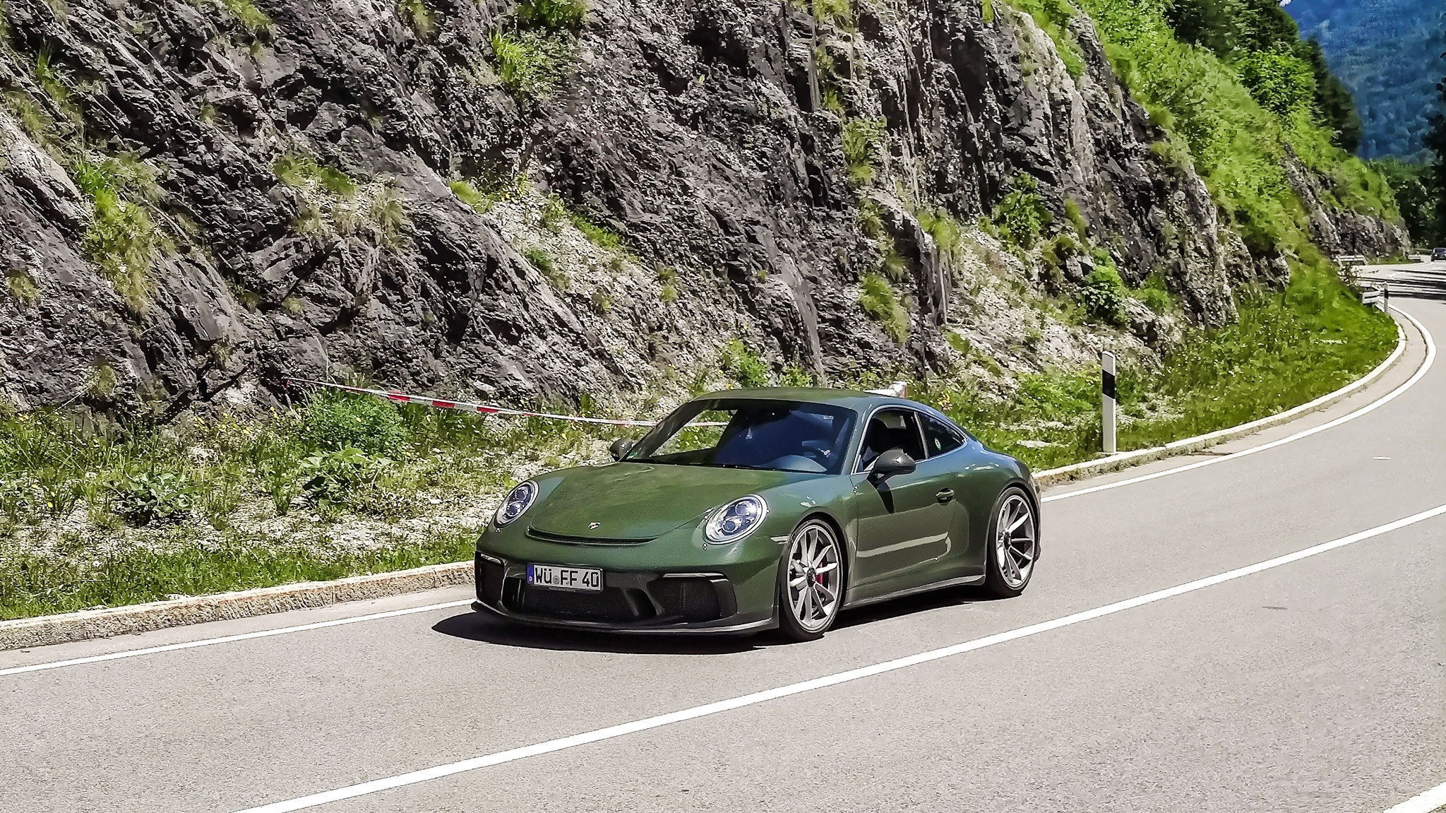 Porsche 991 GT3 Touring Package - WÜ-FF-40