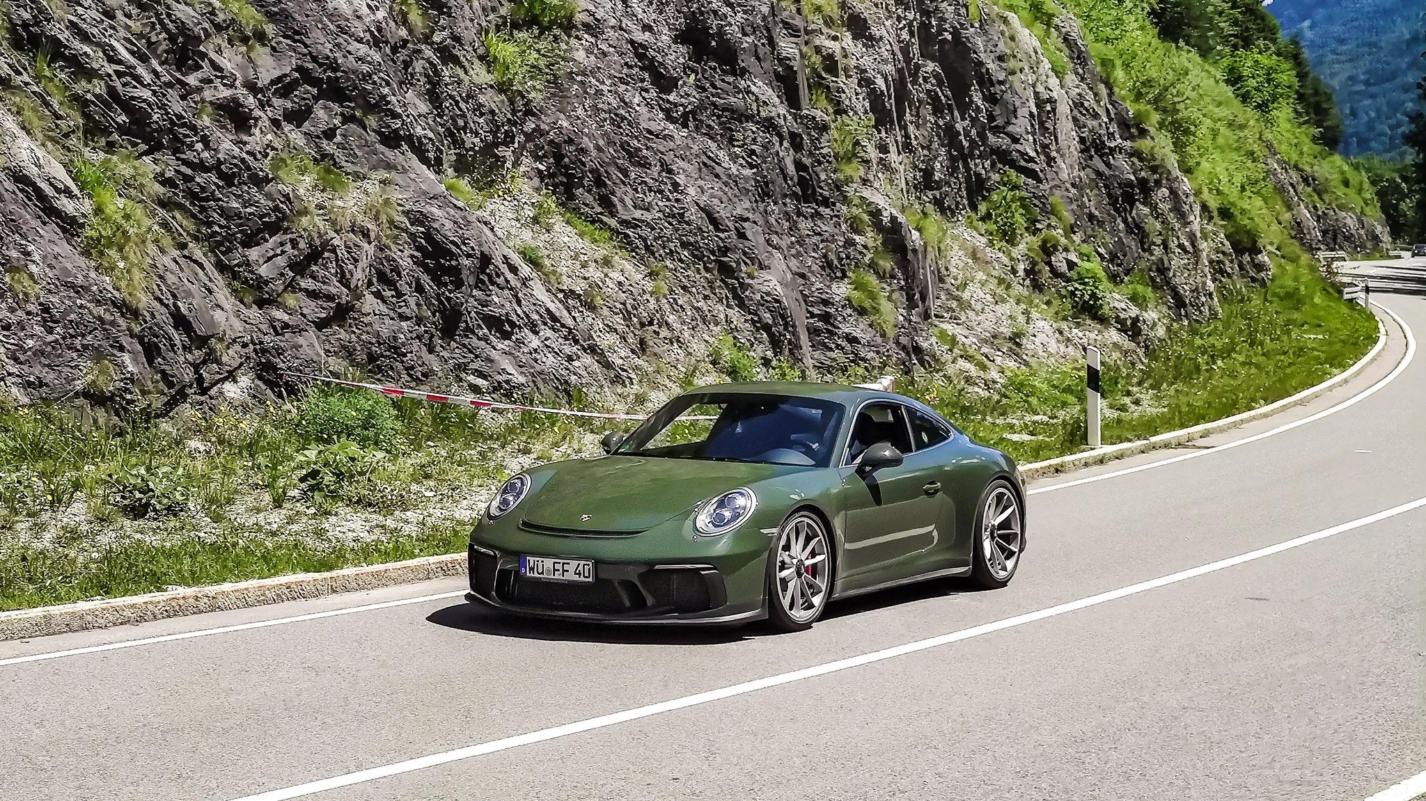 Porsche 991 GT3 Touring Package - WÜ-FF-40