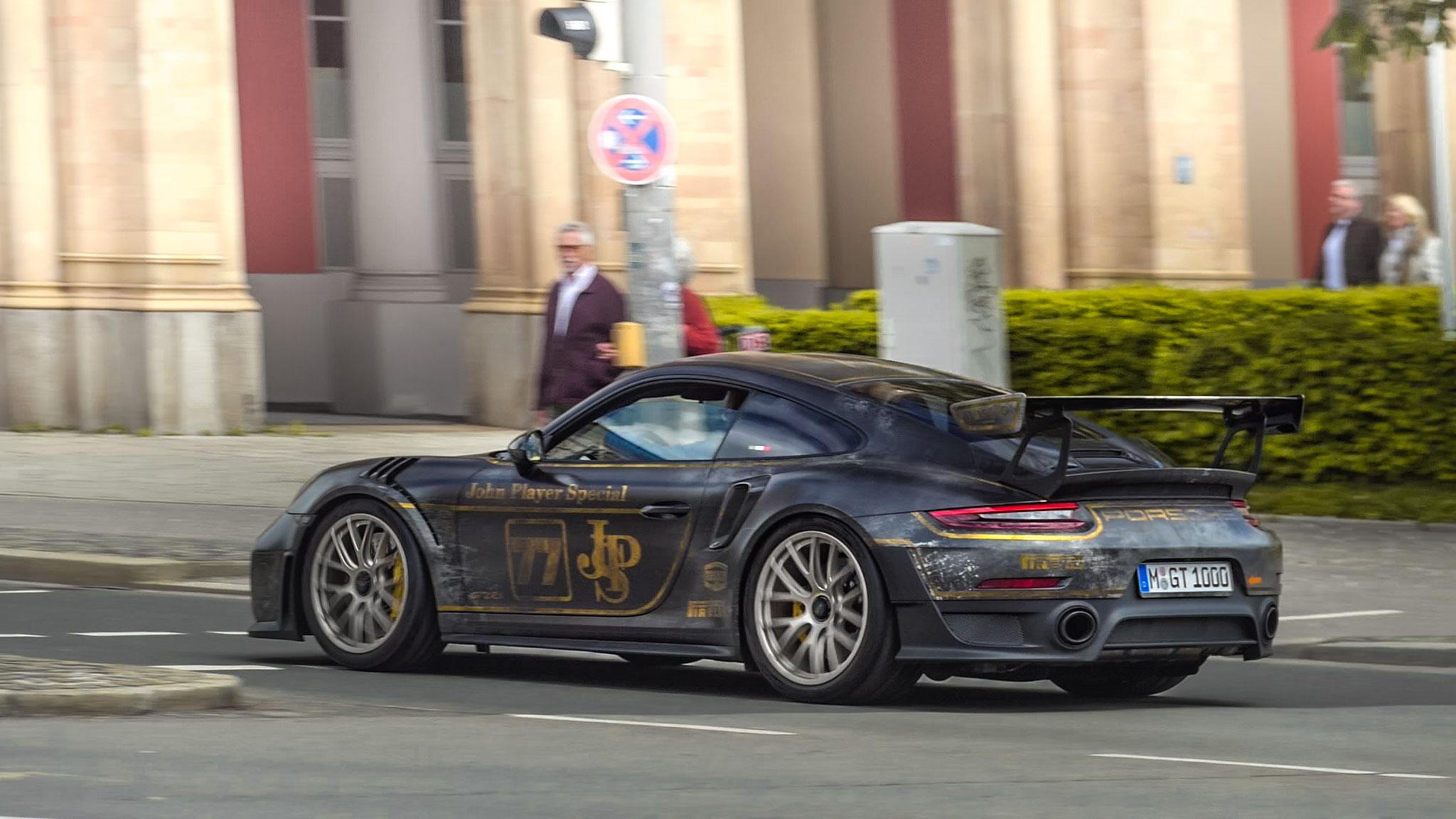 Porsche GT2 RS - M-GT-1000