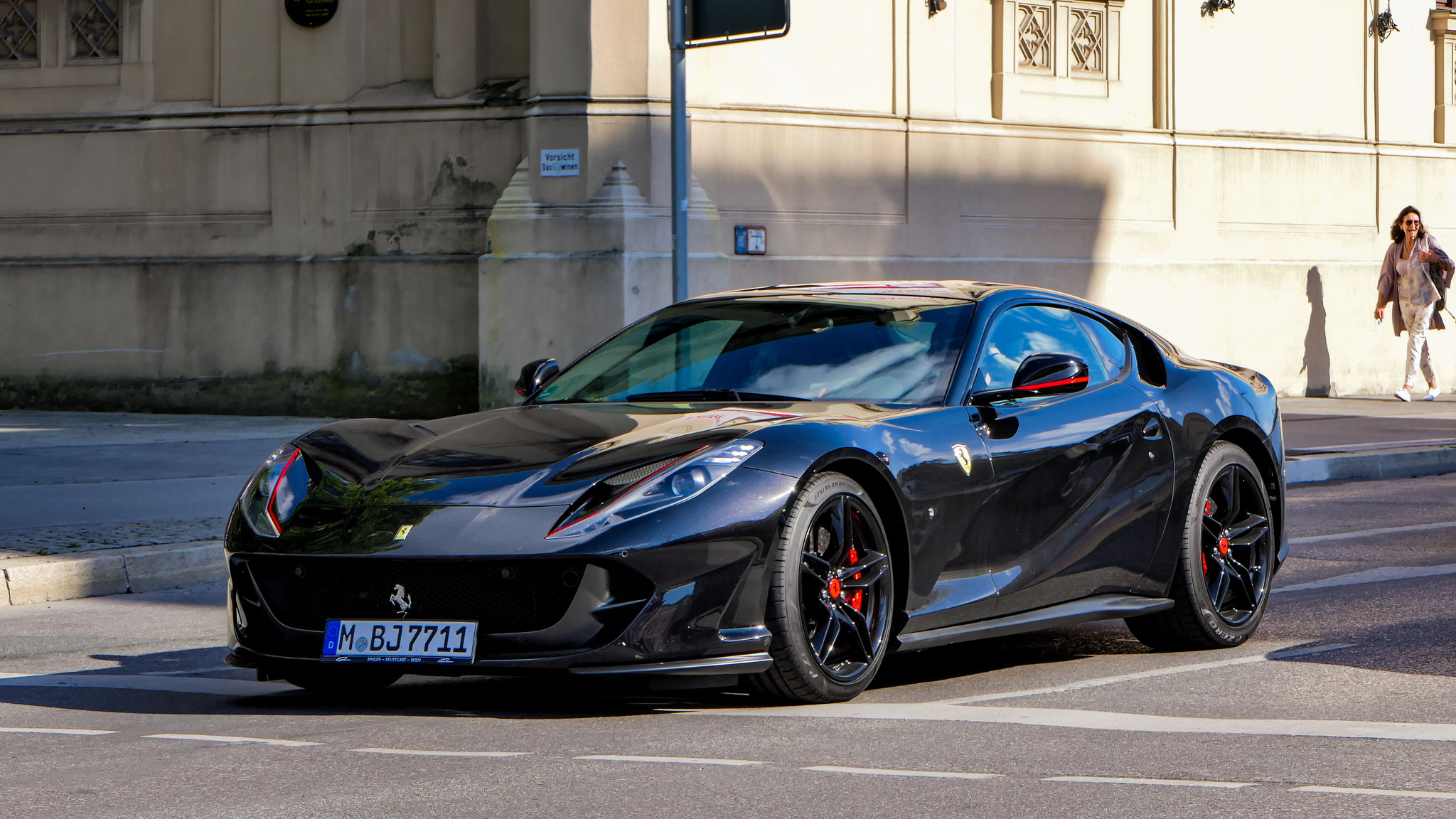 Ferrari 812 Superfast - M-BJ-7711