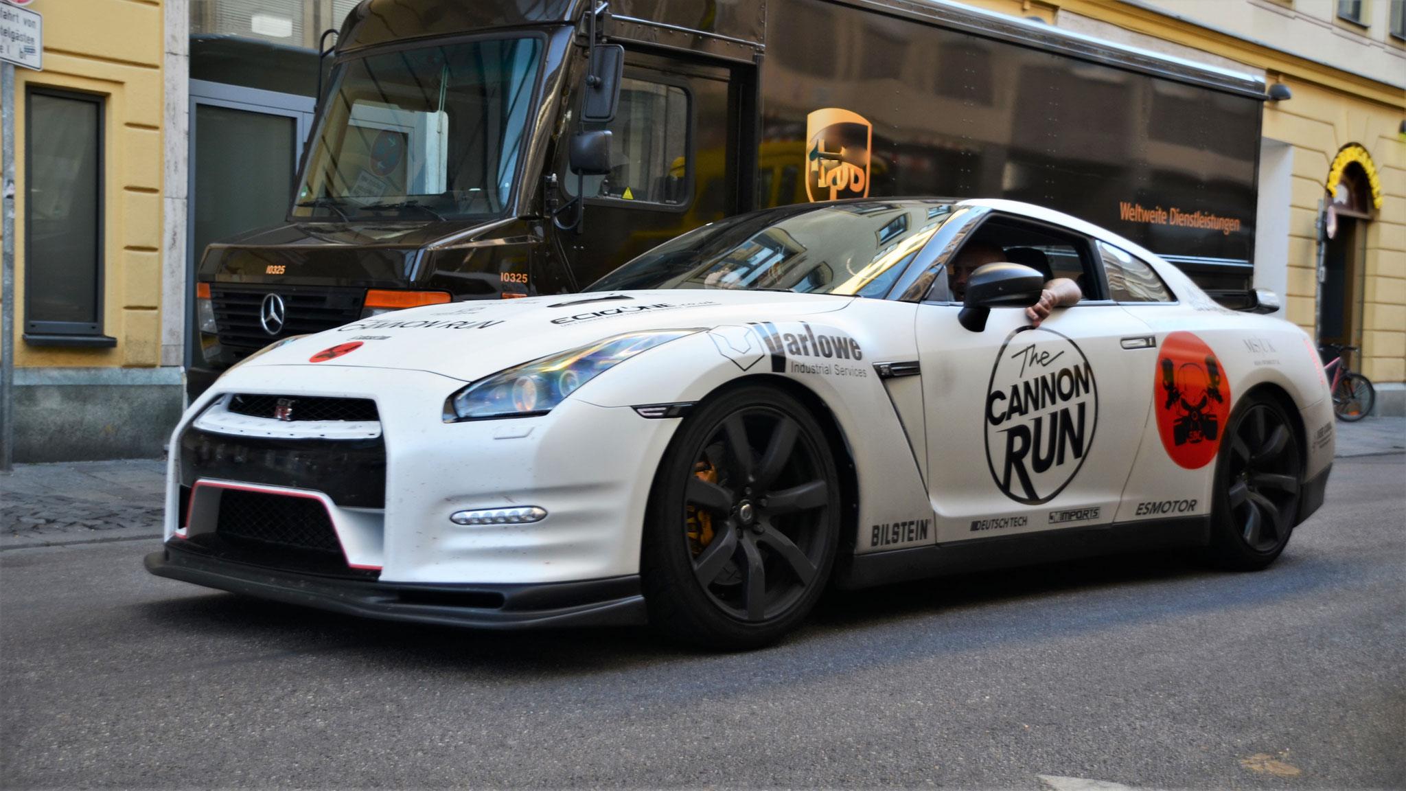 Nissan GTR - NL59-RVM (GB)