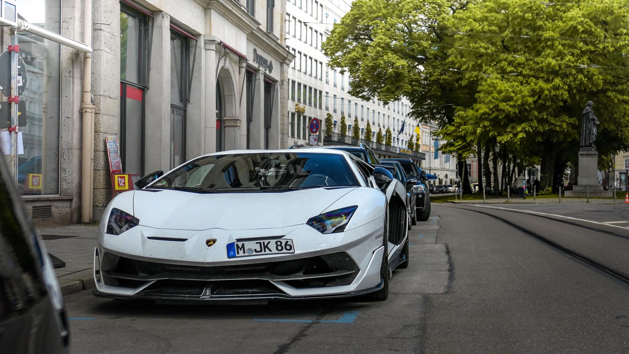 Lamborghini Aventador LP 770 SVJ - M-JK-86