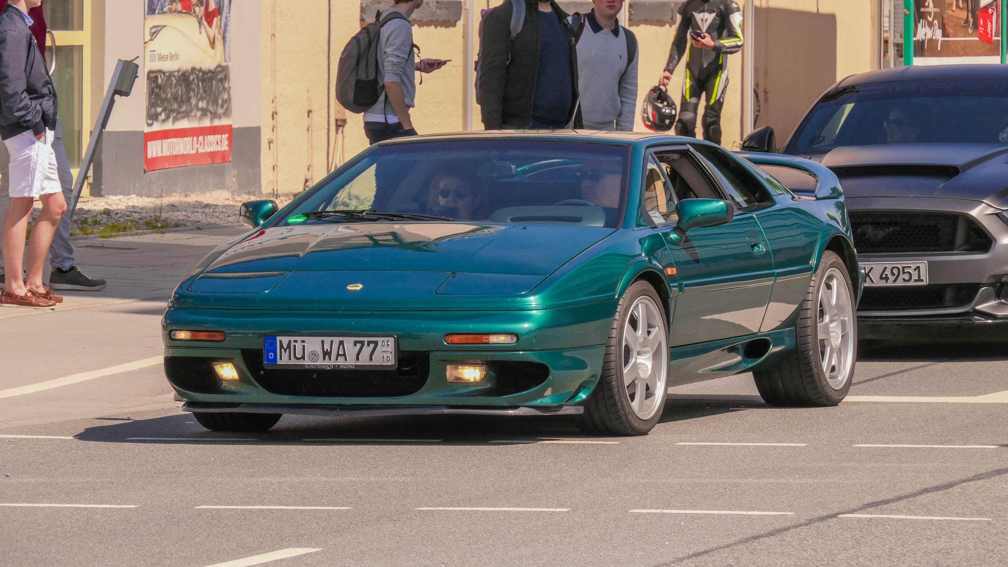 Lotus Esprit V8 - MÜ-WA-77