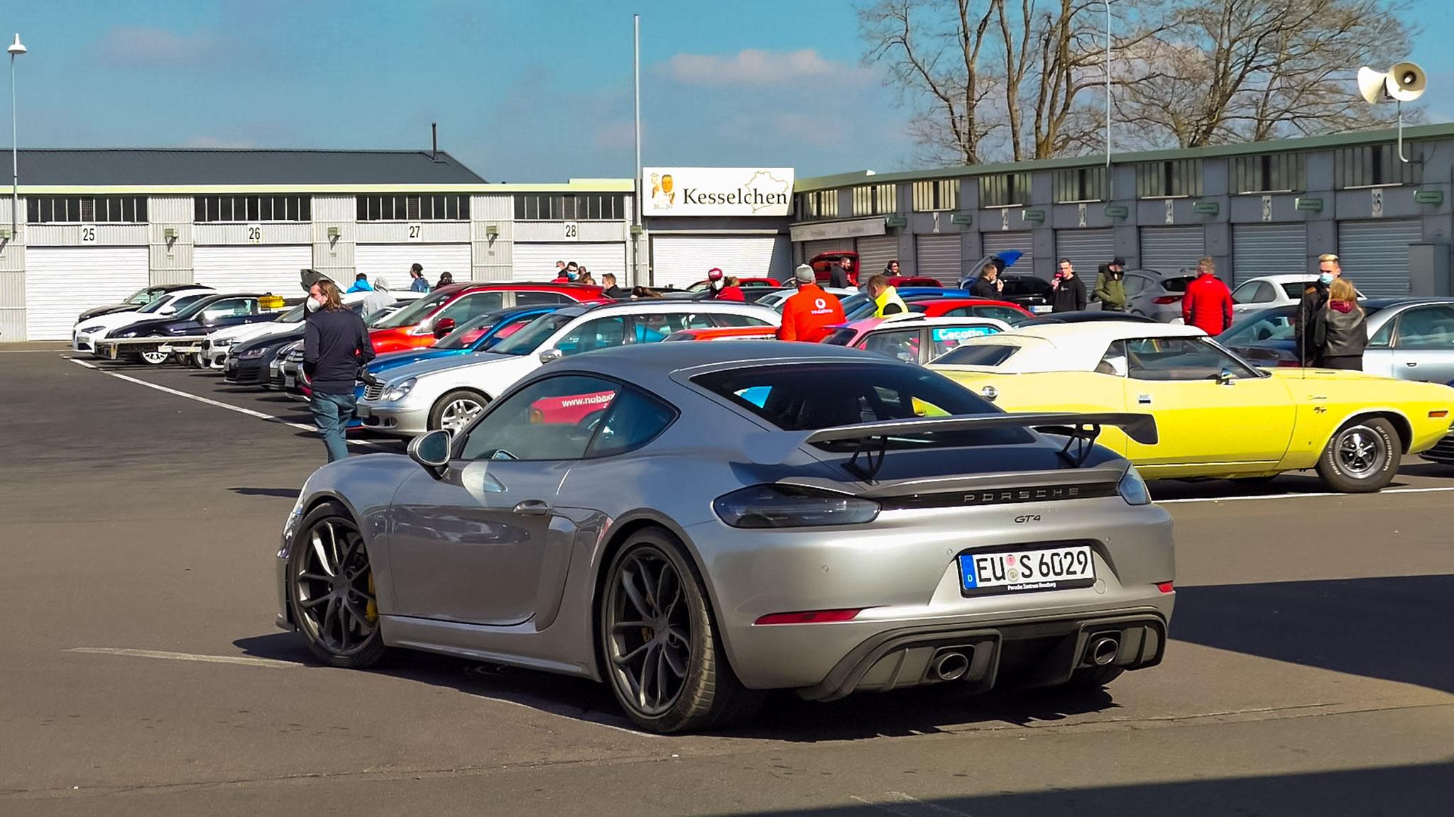Porsche Cayman GT4 - EU-S-6029