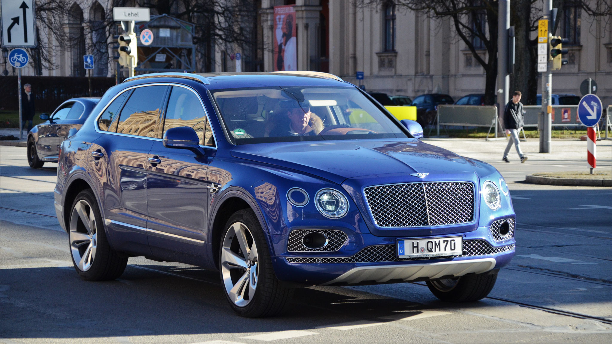 Bentley Bentayga - H-QM-70