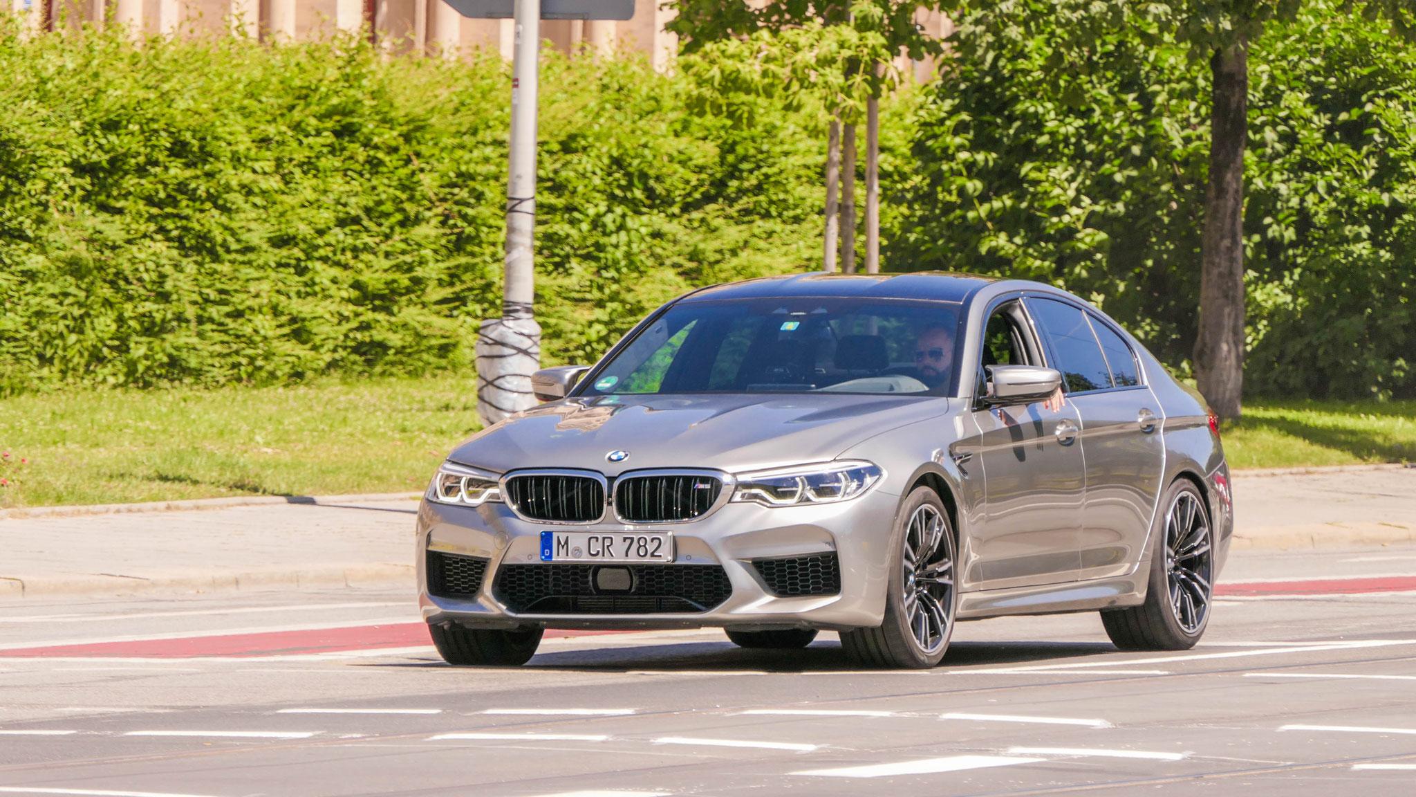 BMW M5 - M-CR-782