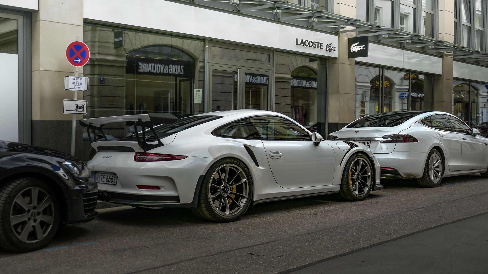 Porsche 911 GT3 RS - M-TE-666