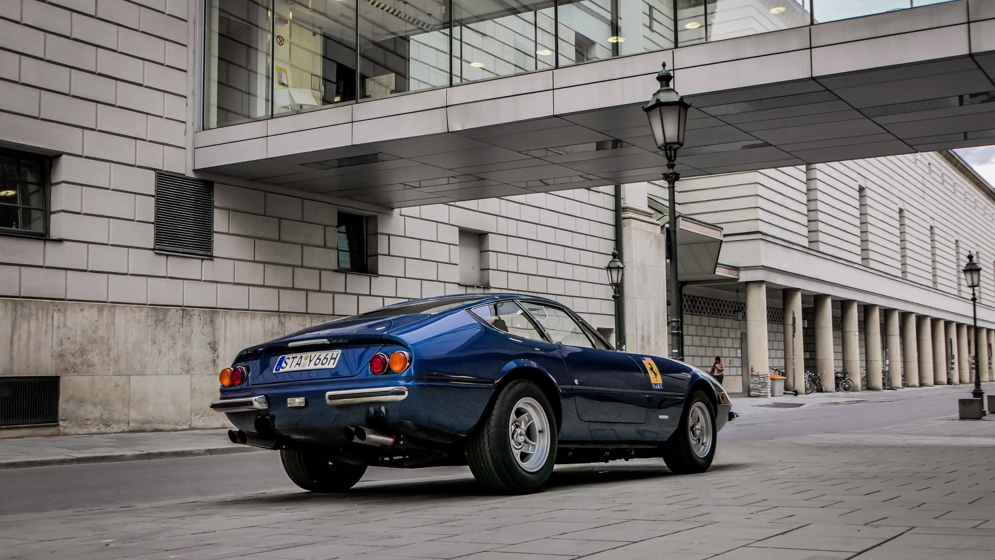Ferrari 365 Daytona - STA-Y-66H