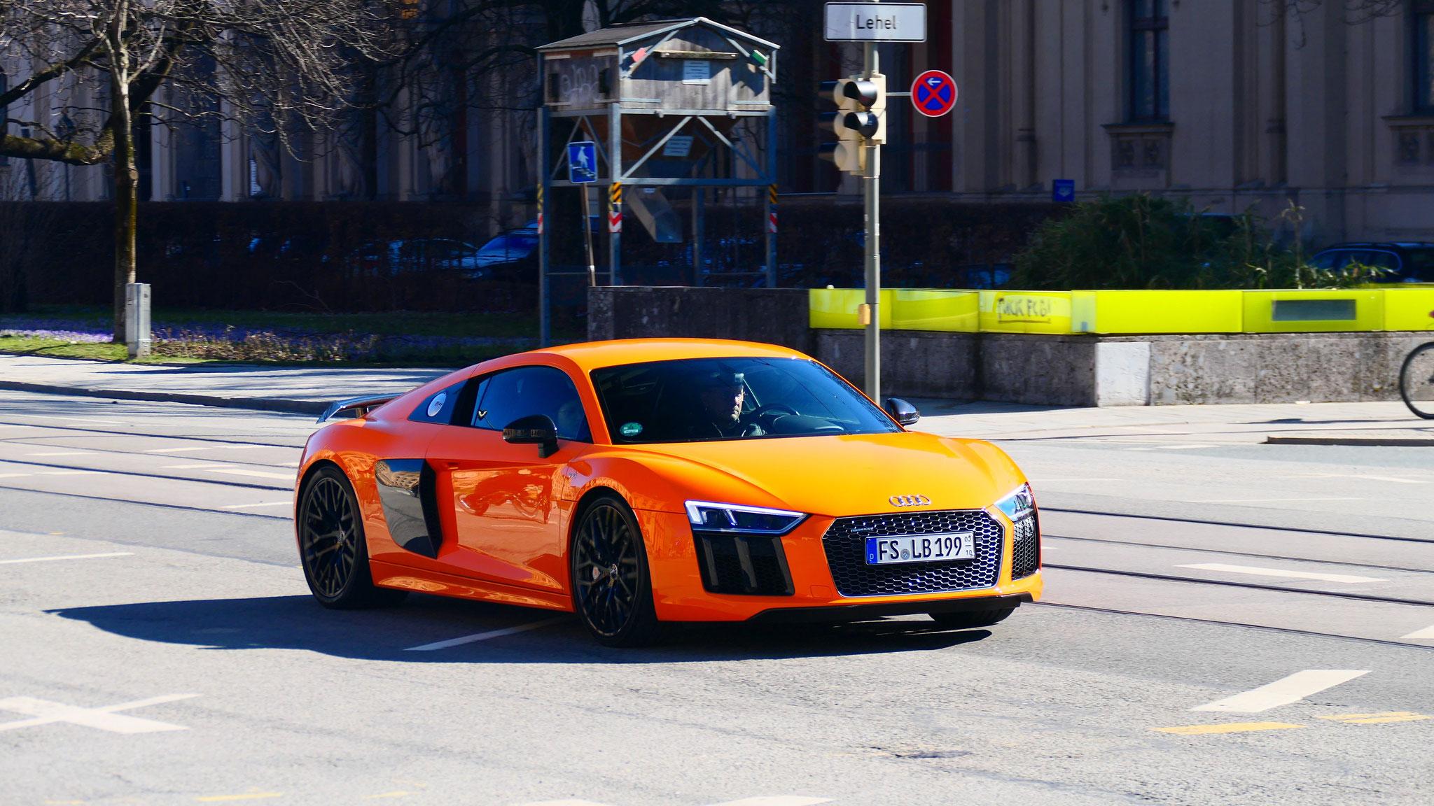 Audi R8 V10 - FS-LB-199